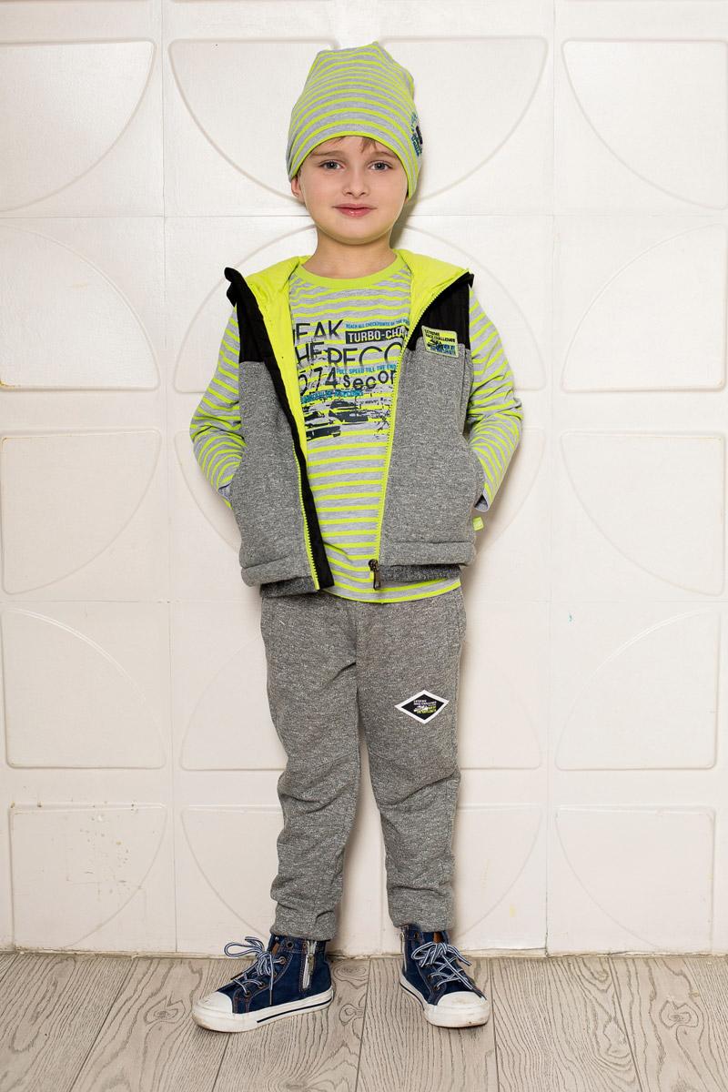 Брюки спортивные для мальчика Sweet Berry, цвет: серый меланж. 713084. Размер 110713084Уютные брюки для мальчика Sweet Berry выполнены из качественного трикотажа в спортивном стиле. Брюки прямого кроя и стандартной посадки на талии имеют пояс на резинке, дополнительно регулируемый шнурком. Низ брючин оформлен мягкой трикотажной резинкой контрастного цвета. Изделие дополнено двумя прорезными карманами по бокам спереди и накладным карманом сзади.