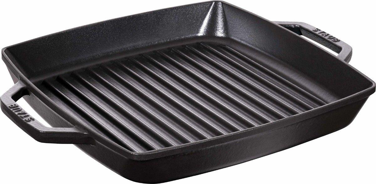 Сковорода-гриль Staub, цвет: черный, 28 х28 см12012823Изготовлена из чугуна, покрытого эмалью снаружи и внутри. Подходит для использования на всех типах плит и в духовке. Перед первым использованием снять этикетки, тщательно вымыть горячей водой с мыльным средством и высушить, затем нанести немного растительного масла на внутреннюю поверхность посуды, излишки масла удалить салфеткой. Мыть жидким моющим средством, без применения абразивных веществ и металлических губок. Пригодна для мытья в посудомоечной машине. При падении на твердую поверхность посуда может треснуть или разбиться. Металлические кухонные принадлежности могут повредить посуду. Чтобы не обжечься, пользуйтесь прихватками.збегать резкого нагревания и охлаждения, резкий перепад температуры может привести к повреждению посуды.Адрес изготовителя:Zwilling Staub France S.A.S, 47 bis, rue des Vinaigriers, 75010 Paris, FRANCE (Цвиллинг Стауб Франс С.А.С 47 бис, ру де Винаигриерс, 75010 Париж, Франция) Уважаемые клиенты! Для сохранения свойств посуды из чугуна и предотвращения появления ржавчины чугунную посуду мойте только вручную, горячей или теплой водой, мягкой губкой или щёткой (не металлической) и обязательно вытирайте насухо. Для хранения смазывайте внутреннюю поверхность посуды растительным маслом, а перед следующим применением хорошо накалите посуду.