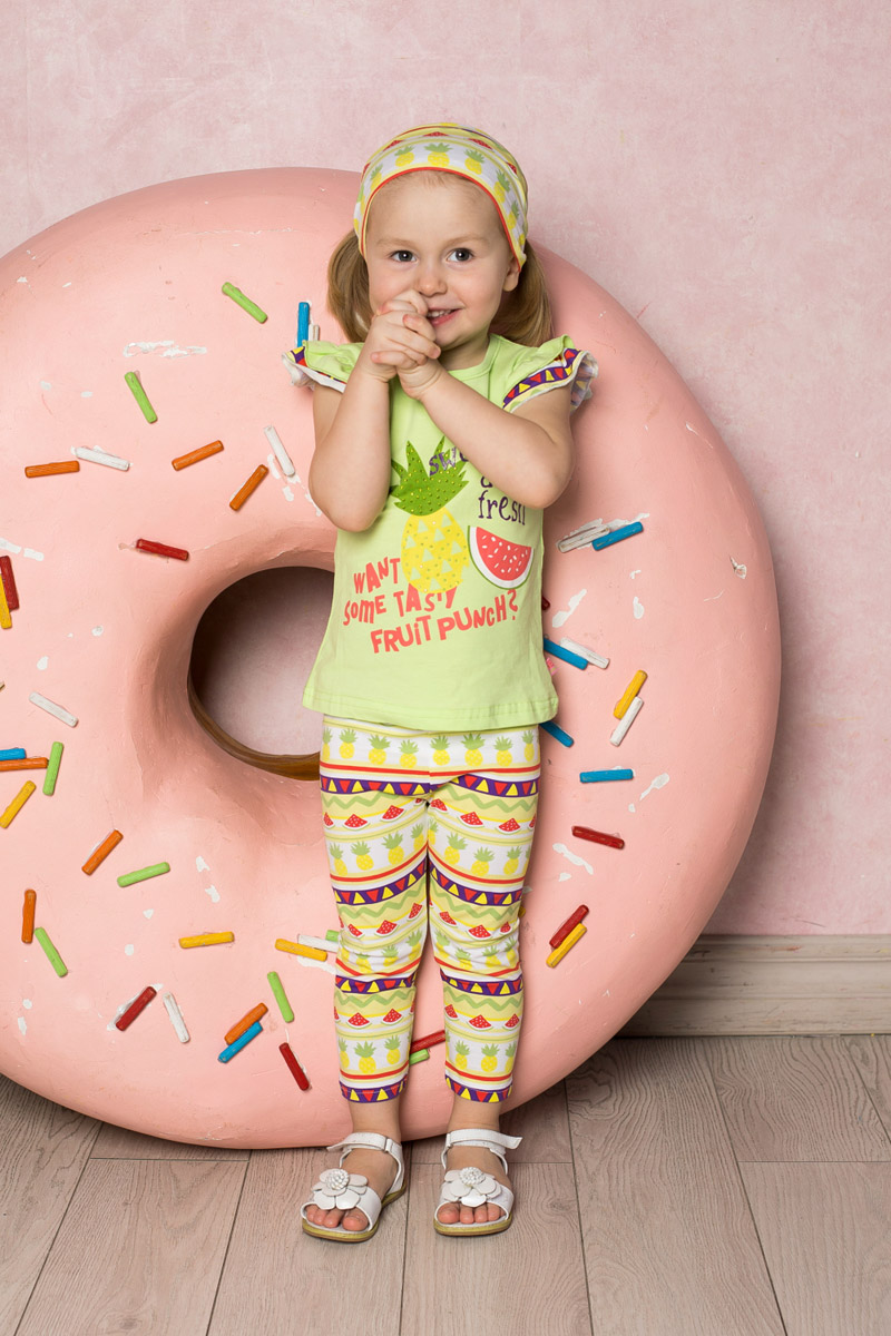 Лосины для девочки Sweet Berry Baby, цвет: белый, желтый, фиолетовый. 712074. Размер 86712074Яркие лосины для девочки Sweet Berry выполнены из качественного хлопкового материала и оформлены оригинальным принтом. Укороченная модель стандартной посадки на талии имеет пояс на мягкой резинке.
