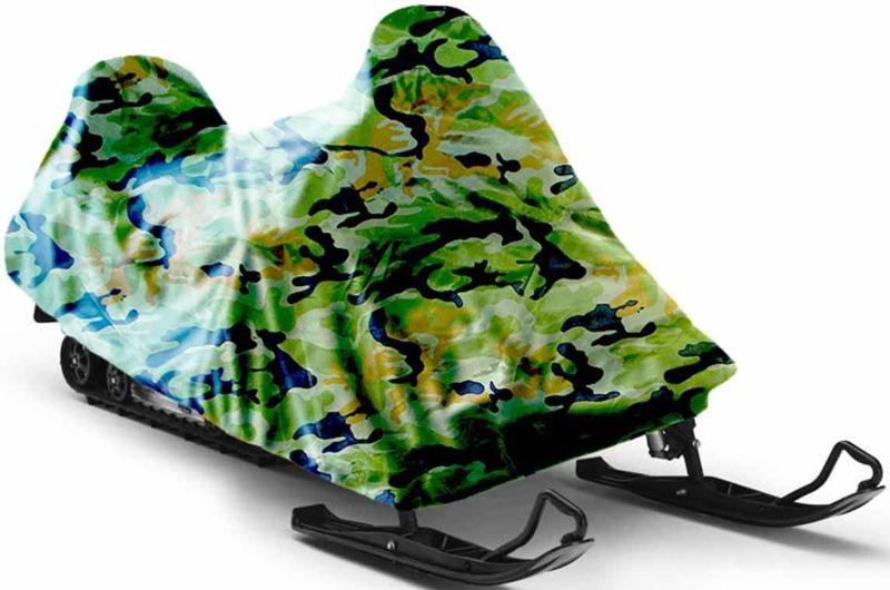 Чехол для снегохода Tplus, универсальный, цвет: зеленый камуфляж. Размер XL (310-320 х 140 х 150 см)T001900Универсальный чехол Tplus, изготовленный из ткани оксфорд плотностью 210 г/м2, защитит снегоход от снега и льда. Резинка по краю изделия позволяет плотно зафиксировать чехол на транспортном средстве. Чехол обладает водоотталкивающими свойствами, повышенной прочностью и износоустойчивостью. Мешок для транспортировки и хранения входит в комплект.