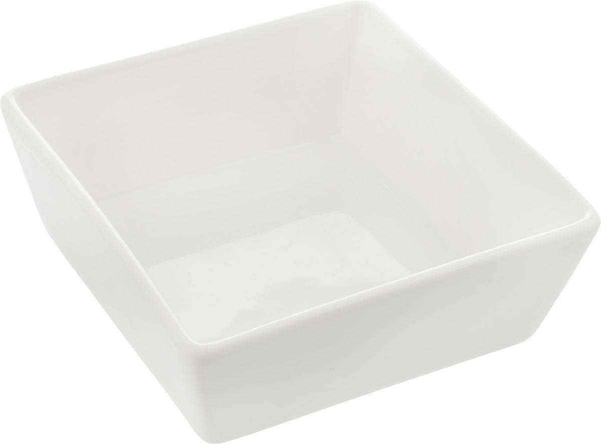 Салатник Ariane Джульет, 250 млAJSARN11012Салатник Ariane Джульет, изготовленный из высококачественного фарфора с глазурованным покрытием, прекрасно подойдет для подачи различных блюд: закусок, салатов или фруктов. Такой салатник украсит ваш праздничный или обеденный стол.Можно мыть в посудомоечной машине и использовать в микроволновой печи.Размер салатника (по верхнему краю): 12 х 12 см.Высота стенки: 4,5 см.Объем салатника: 250 мл.