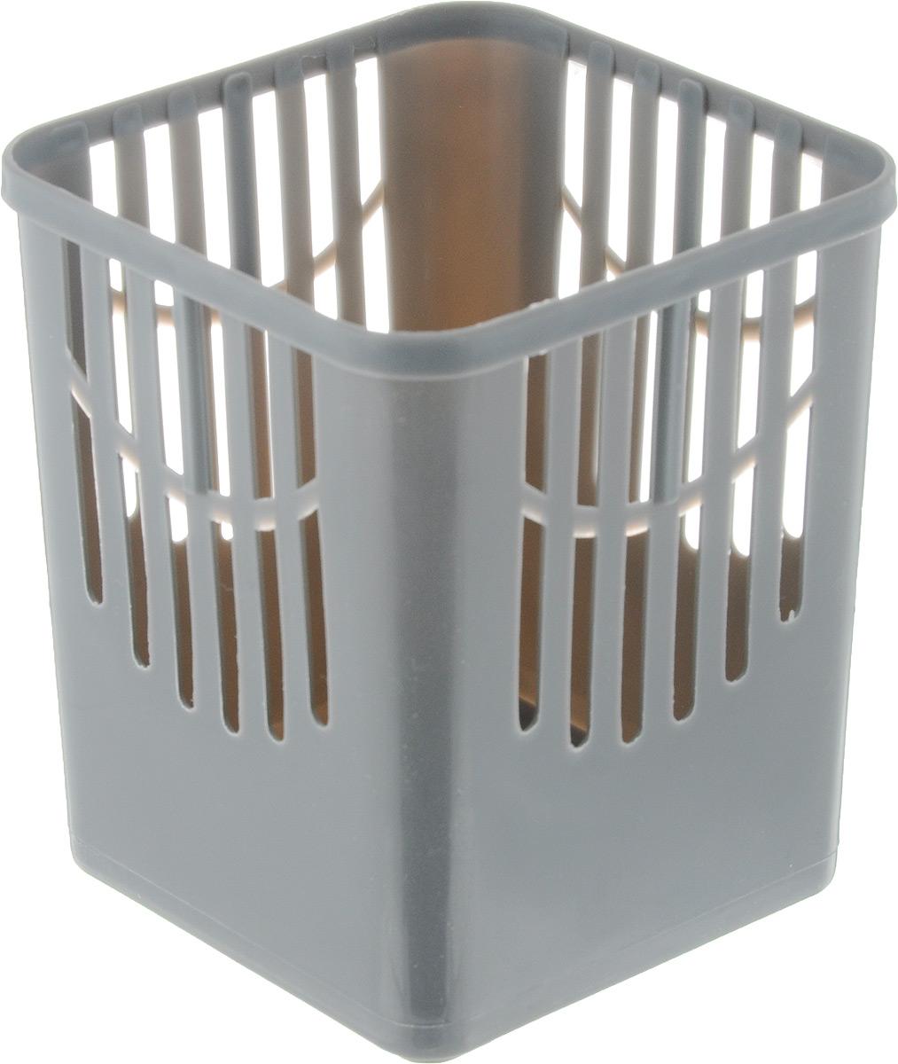 Подставка для столовых приборов Axentia, цвет: серый, 10,5 х 10,5 х 12,5 см232039_серыйПодставка для столовых приборов Axentia, выполненная из высококачественного пластика, станет полезным приобретением для вашей кухни. Она хорошо впишется в интерьер, не займет много места, а столовые приборы будут всегда под рукой.Размер подставки: 10,5 х 10,5 х 12,5 см.