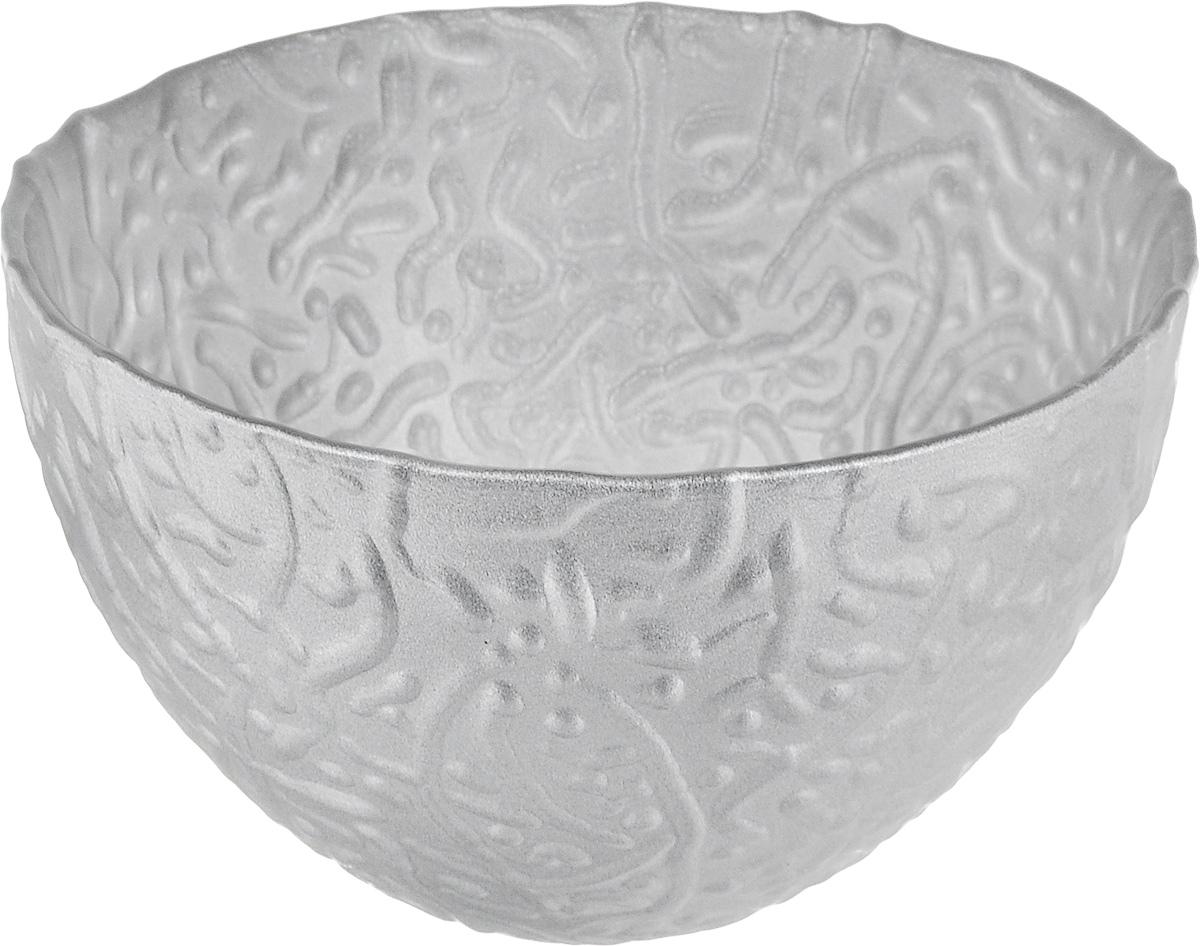 Салатник NiNaGlass Ажур, цвет: серебряный, диаметр 12 см83-040-Ф120_серебряныйСалатник NiNaGlass Ажур выполнен извысококачественного стекла и имеет рельефную поверхность. Он прекрасно впишется в интерьервашей кухни и станет достойным дополнением ккухонному инвентарю. Не рекомендуется использовать вмикроволновой печи и мыть в посудомоечноймашине.