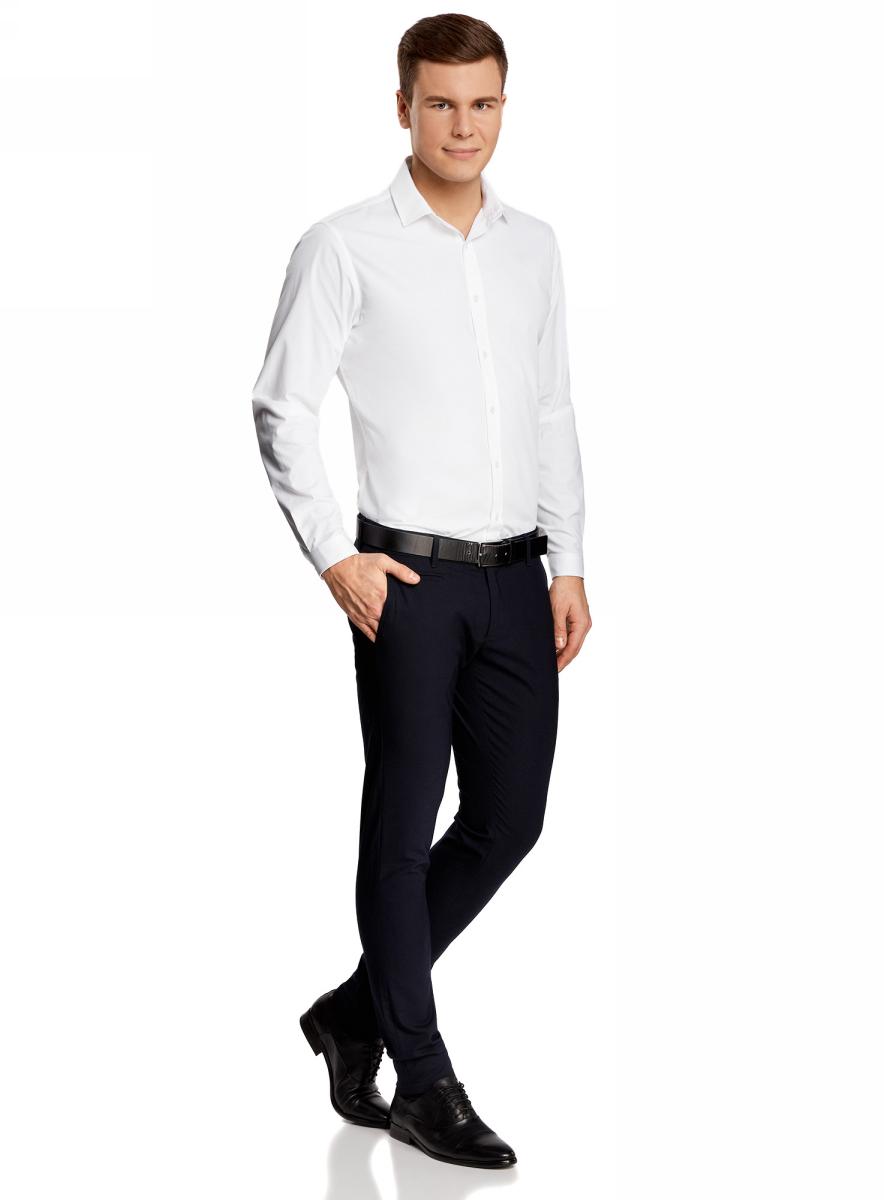 Рубашка мужская oodji Basic, цвет: белый. 3B110012M/23286N/1000N. Размер 42 (52-182)3B110012M/23286N/1000NСтильная мужская рубашка oodji Basic выполнена из натурального хлопка. Модель с отложным воротником и длинными рукавами застегивается на пуговицы спереди.