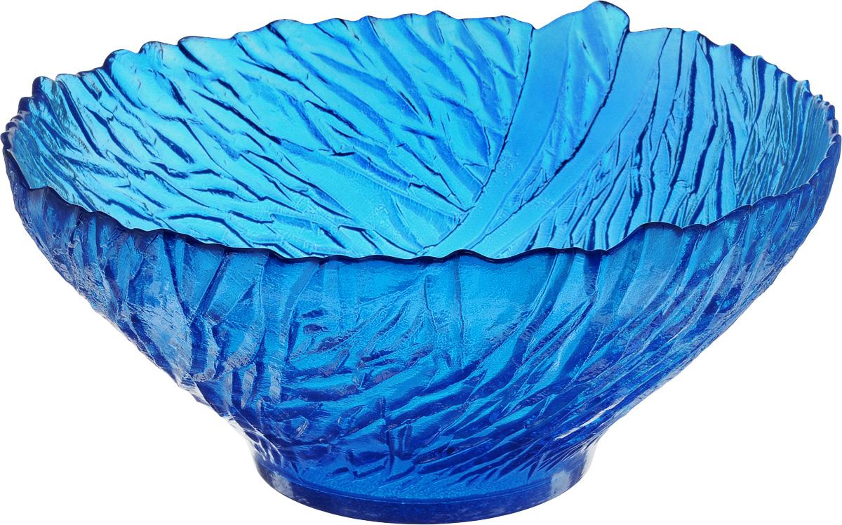 Салатник NiNaGlass Раздолье, цвет: синий, диаметр 25 см83-313_синийСалатник NiNaGlass Раздолье выполнен из высококачественного стекла и декорирован рельефным узором. Идеален для сервировки салатов, овощей и фруктов, ягод, вторых блюд, гарниров и многого другого. Он отлично подойдет как для повседневных, так и для торжественных случаев.Такой салатник прекрасно впишется в интерьер вашей кухни и станет достойным дополнением к кухонному инвентарю.Диаметр салатника (по верхнему краю): 25 см.Высота стенки: 10,5 см.