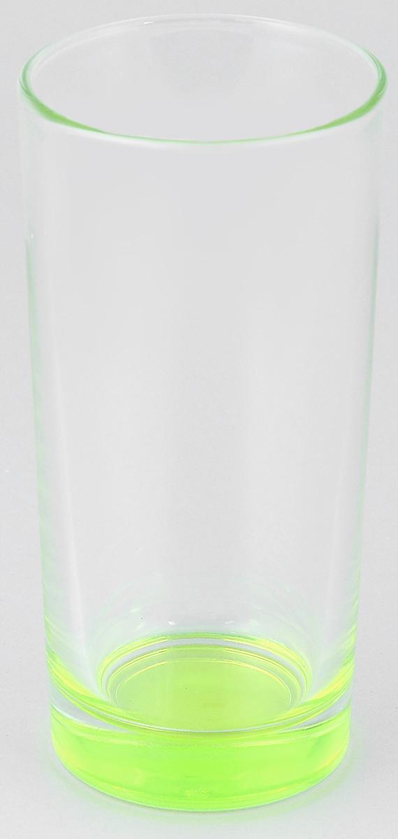 Стакан ОСЗ Лак, цвет: ярко-салатовый, 280 мл03с1018 ДЗ_ярко-салатовыйВысокий стакан ОСЗ Лак изготовлен из высококачественного стекла, которое изысканно блестит и переливается на свету. Дно стакана окрашено. Стакан прозрачный, но при его наклоне создается оптическая иллюзия того, что и сам стакан окрашен. Такой стакан отлично дополнит вашу коллекцию кухонной утвари и порадует вас ярким необычным дизайном и практичностью. Диаметр стакана: 7 см. Высота стакана: 14 см.