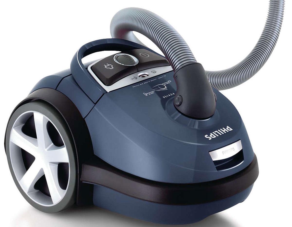 Philips FC9170/02 пылесосFC9170/02Самый высокий уровень всасывающей мощности обеспечивает уборку без усилий. Оснащенный гигиеническим фильтром и системой простого извлечения мешков для мусора, Philips FC9170/02 идеально решает все проблемы с пылью и грязью.Высокоэффективный мотор мощностью 2200 Вт обеспечивает мощность всасывания 500 Вт для идеальных результатов уборки.Пылесос Philips FC9170/02 разработан и сконструирован таким образом, что перед выходом весь поглощаемый воздух проходит через моющийся фильтр HEPA 13 (99,95 % фильтрации). Ни одна пылинка не ускользнет!Большая емкость мешка для пыли обеспечивает оптимальное использование и позволяет менять мешок значительно реже.Насадка TriActive позволяет одновременно выполнять три действия очистки: 1) большое фронтальное отверстие на конце насадки с легкостью захватывает крупный мусор; 2) аэродинамический дизайн обеспечивает максимальную эффективность очистки; 3) две боковые щетки собирают пыль и грязь в углах, вдоль стен и мебели.Этот пылесос, получивший сертификат ECARF, на 99,95 % гарантирует, что одновременно с обычной уборкой практически весь воздух в комнате будет очищен. В результате будут удалены почти все аллергены с ковров, мебели и из других уголков в доме.