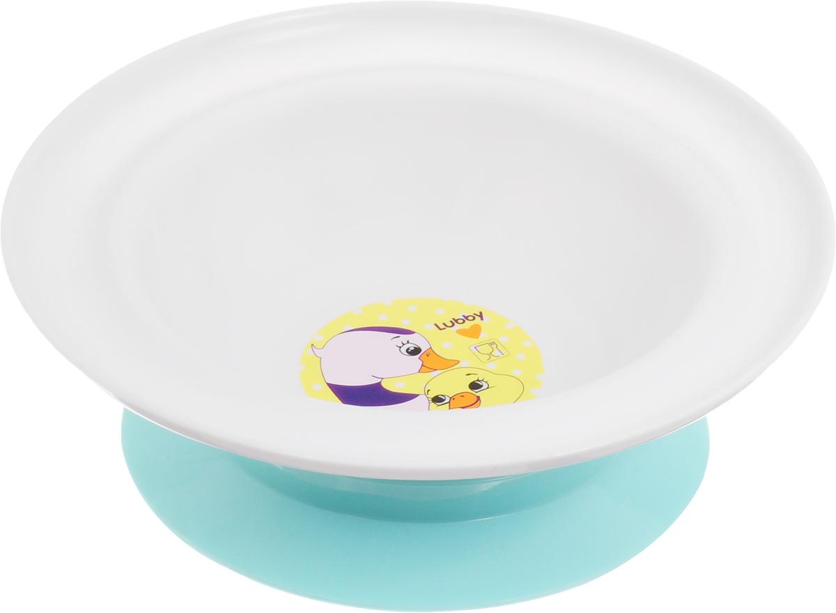 """Тарелка детская Lubby """"Веселые животные. Утки"""" на присоске незаменима в период, когда ваш малыш учится кушать самостоятельно.Присоска надежно фиксирует положение тарелки на столе или любой другой гладкой поверхности. Теперь малыш не сможет сдвинуть и опрокинуть тарелку! Яркий дизайн тарелки превращает процесс кормления в увлекательную игру.Можно мыть в посудомоечной машине (предварительно сняв присоску). Не рекомендовано использовать тарелку для разогрева пищи в микроволновой печи."""