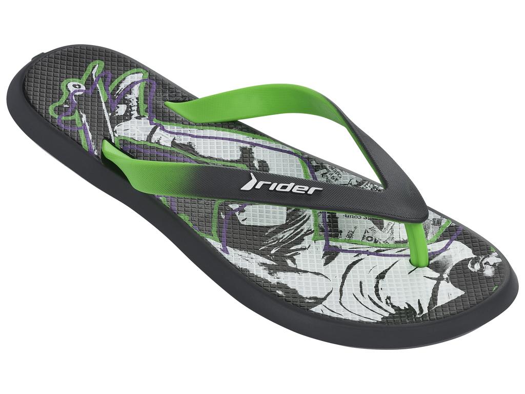 Сланцы мужские Rider Energy VI AD, цвет: темно-серый, зеленый. 82024-24124. Размер BRA 40 (41)82024-24124Стильные мужские сланцы Energy VI AD от Rider придутся вам по душе. Верх модели выполнен из поливинилхлорида. Ремешки с перемычкой гарантируют надежную фиксацию модели на ноге. Рифление на верхней поверхности подошвы предотвращает выскальзывание ноги. Основание подошвы дополнено рифлением.