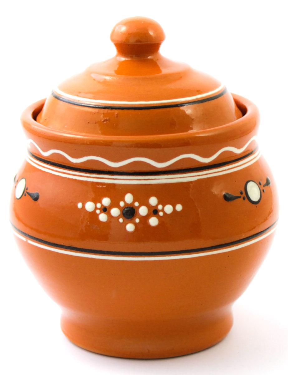Горшок для запекания Ломоносовская керамика Горшенятко, с крышкой, 500 млЛ0726Горшок для запекания Ломоносовская керамика с крышкой выполнен из высококачественной глины. Уникальные свойства глины и толстые стенки изделия обеспечивают эффект русской печи при приготовлении блюд. Блюда, приготовленные в керамическом горшке, получаются нежными исочными. Вы сможете приготовить мясо, сделать томленые овощи и все это без капли масла. Этоодин из самых здоровых способов готовки.