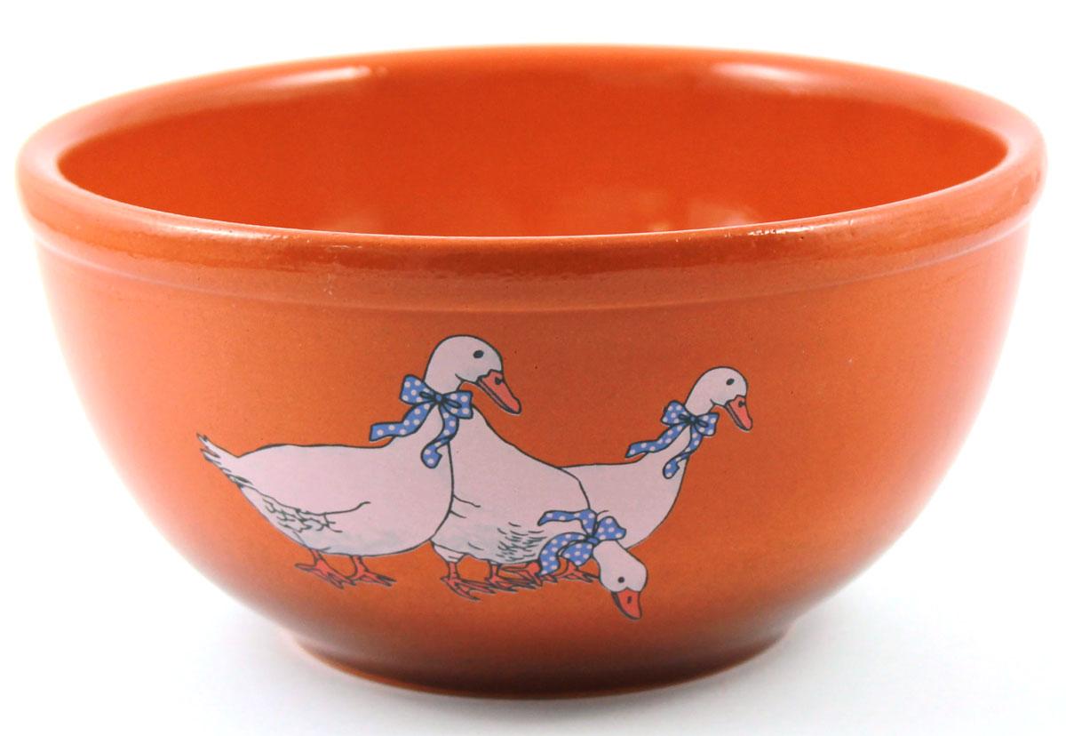 Салатник Ломоносовская керамика Гуси, цвет: терракотовый, 1 л, диаметр: 18 см1СГ-2Салатник Ломоносовская керамика изготовлен из высококачественной глины с глазурованным покрытием. Такой салатник украсит сервировку вашего стола и подчеркнет прекрасный вкус хозяйки, а также станет отличным подарком. Диаметр: 18 см.