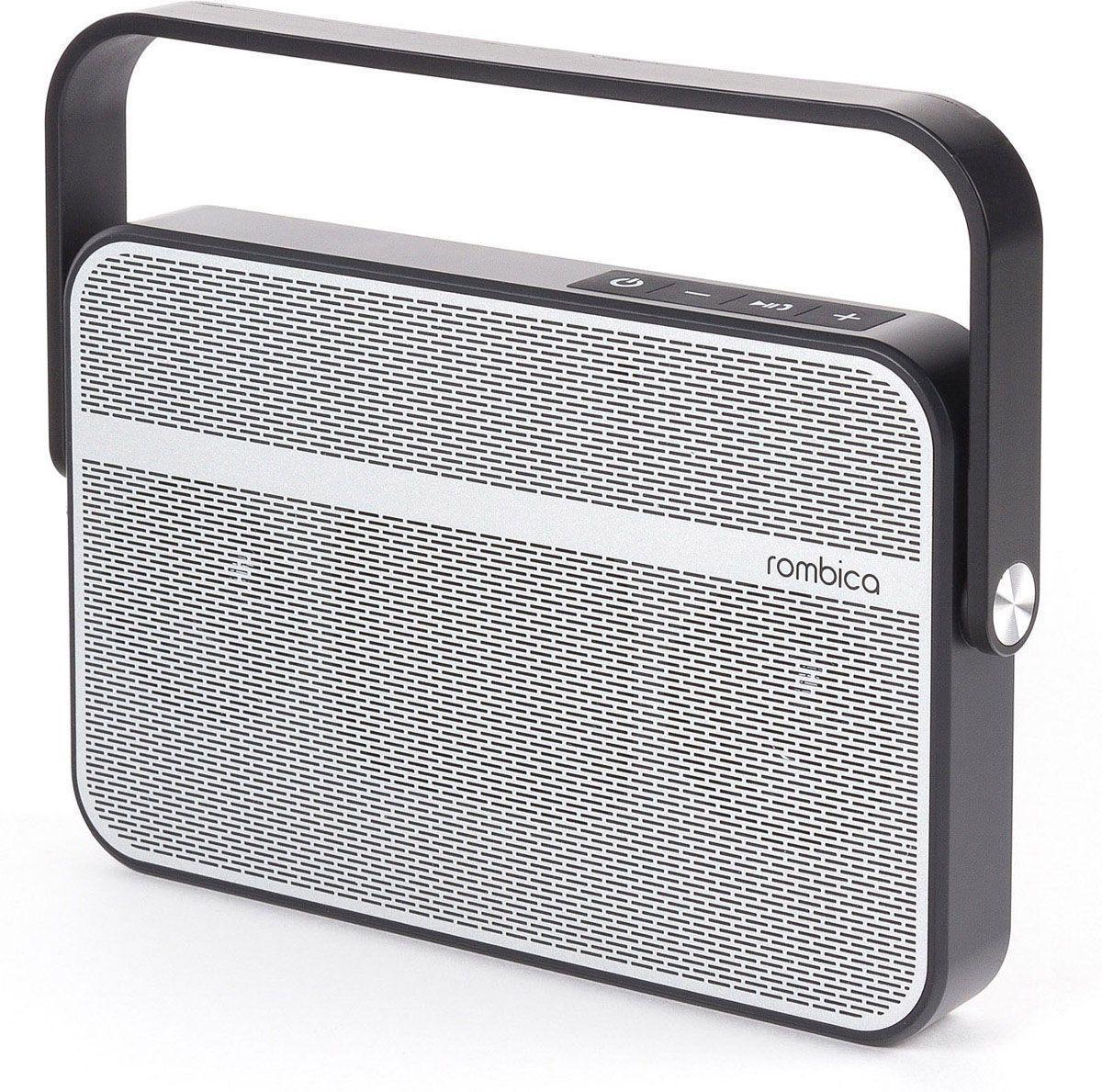 Rombica MySound BT-18, Gray Black портативная акустическая системаSBT-00180Аудиопроигрыватель Rombica MySound BT-18 совместим со всеми популярными устройствами с поддержкой Bluetooth, а также воспроизводит музыку через аудиовход. Встроенный сабвуфер дает глубокий и насыщенный бас. Удобная ручка поворачивается на 360 градусов. Емкий аккумулятор 2200 мАч обеспечивает долгую работу. Rombica MySound BT-18 имеет встроенный микрофон для приема звонков.Диаметр широкополосного динамика: 50 мм