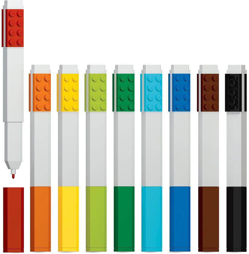 LEGO Набор маркеров 9 цветов51492Набор маркеров из уникальной коллекции канцелярских принадлежностей Lego состоит из включает в себя 9 маркеров (цвета: красный, оранжевый, желтый, салатовый, зеленый, голубой, синий, коричневый, чёрный).Стержень маркера имеет закругленную форму, делая его безопасным для детей. Чернила легко смываются с одежды и рук, изготовлены из экологически чистых материалов. Корпусы маркеров дополнены классическими деталями конструктора Lego, что позволяет соединять их между собой.