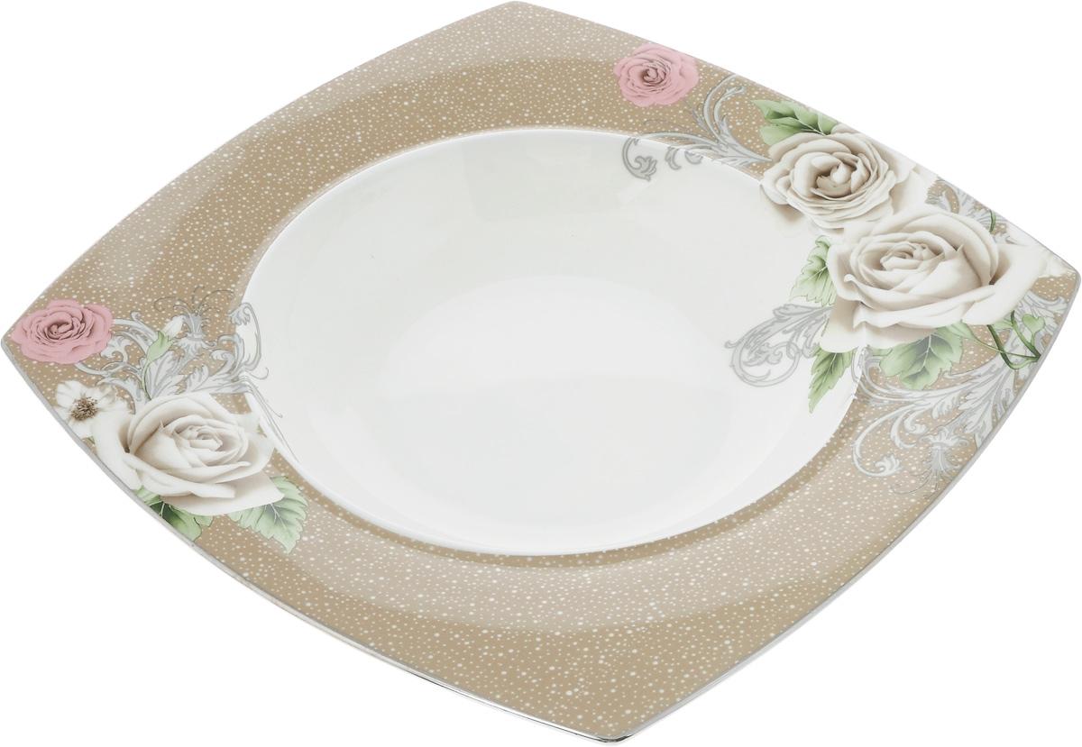 Тарелка глубокая Florance, 25 x 25 смPR7988Глубокая тарелка Florance, выполненная из высококачественного фарфора, предназначена для подачи супов и других жидких блюд. Она прекрасно впишется в интерьер вашей кухни и станет достойным дополнением к кухонному инвентарю.