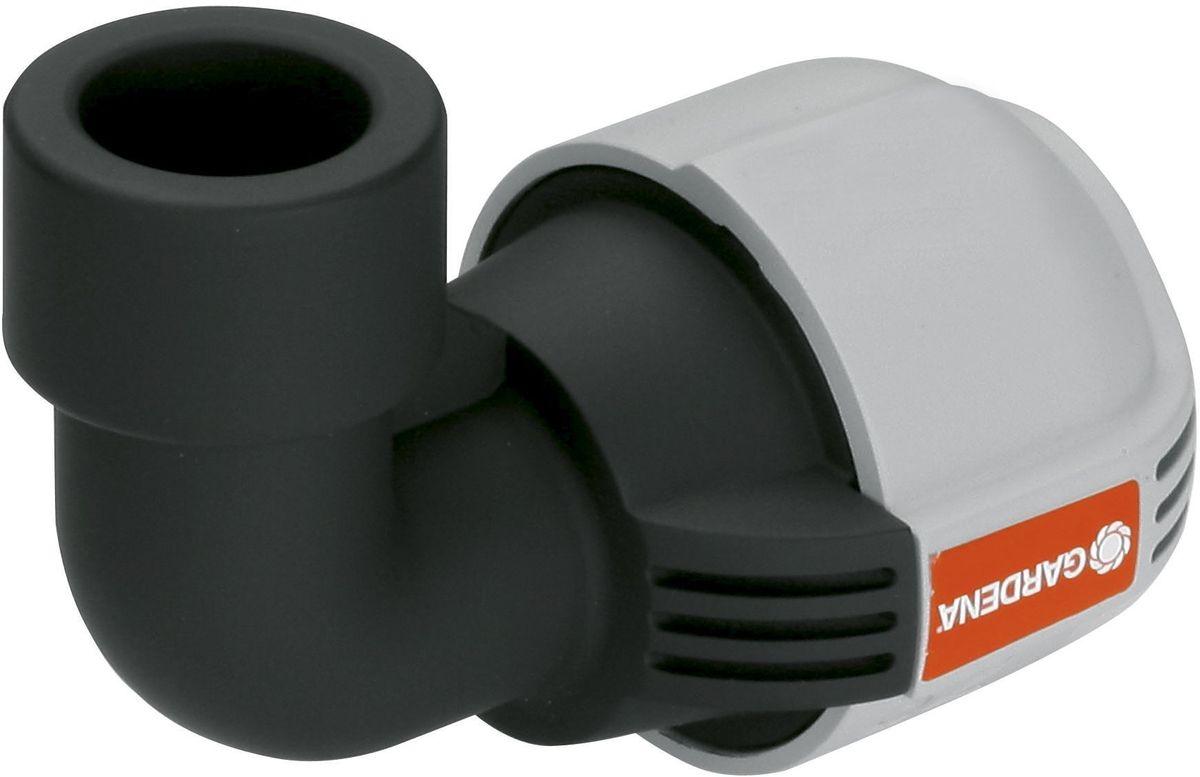 Соединитель Gardena, L-образный, внутренняя резьба 32 мм x 3/402785-20.000.00L-образный соединитель Gardena, входящий в систему дождевания Gardena Sprinklersystem, служит для подсоединения дождевателей. Благодаря запатентованной технологии простого соединения Quick & Easy (Быстро и просто) соединение/разъединение труб осуществляется без инструментов, простым поворотом резьбового фитинга на 140°.