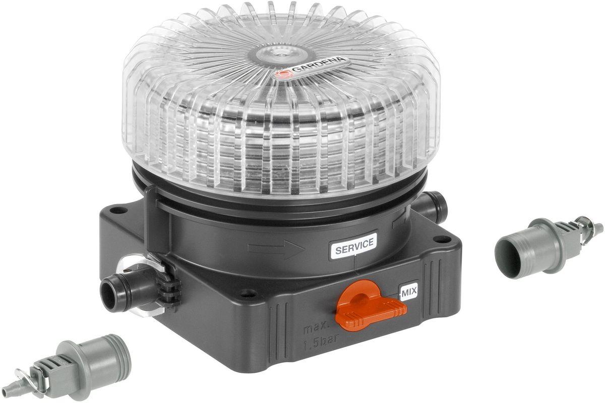 Дозатор для удобрений Gardena08313-20.000.00Дозатор Gardena предназначен для подсоединения к системе микрокапельного полива и используется для заливки жидких удобрений. Подключается к магистральному или подающему шлангу с помощью соединительной арматуры, идущей в комплекте. Благодаря широкой горловине наполнять дозатор легко и просто, а индикатор наполненности подскажет о своевременной заливке. Имеется клапан для слива удобрений перед наступлением заморозков. Технология Quick & Easy обеспечивает быстрое и надежное соединение. Изготовлен из качественного материала, имеет длительный период эксплуатации.