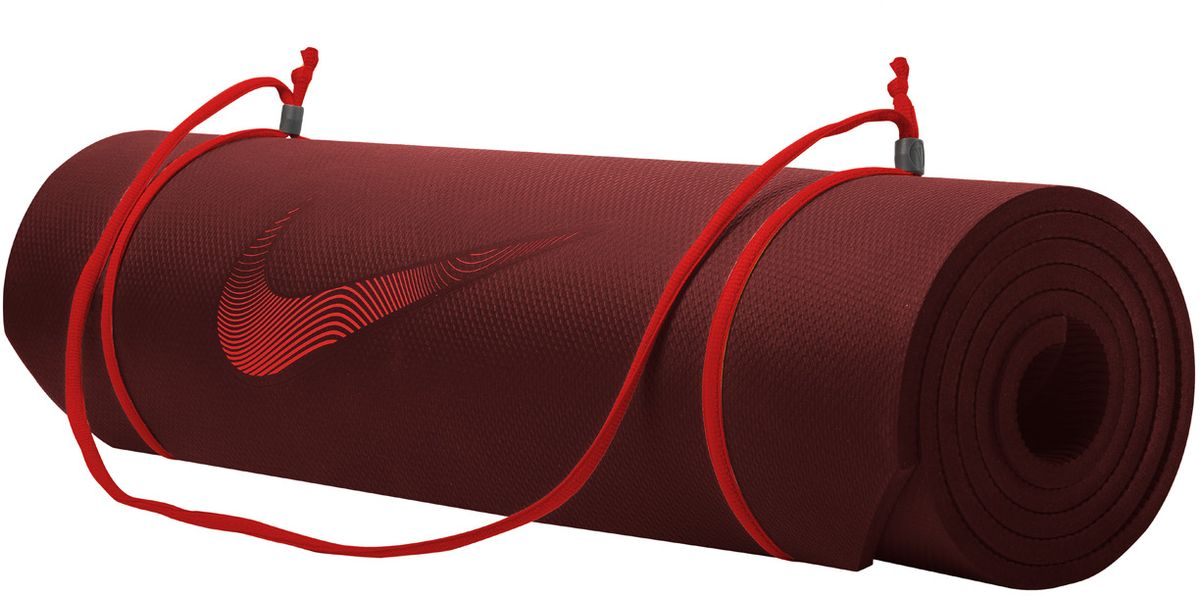 Мат тренировочный Nike Training Mat 2.0 Ns Team, цвет: бордовый, красныйN.EX.10.681.NSИдеально ровный в развернутом состоянии и легко сворачивается для компактного хранения. Толщина 8 мм обеспечивает комфорт во время тренировок. Регулируемая лямка для переноски.