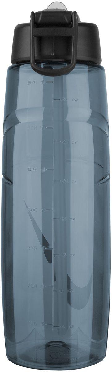 """Бутылка для воды Nike """"T1 Flow Swoosh Water Bottle 32oz"""" с горлышком, которое поднимается на 90 градусов, что обеспечивает простоту в использовании. Модель дополнена измерительной шкалой. Возможно мытье в посудомоечной машине, легко собирается и разбирается (инструкция прилагается). Технология материала Tritan обеспечивает долговечность и ударопрочность. Объем: 946 мл. Длина: 25 см. Диаметр (по нижнему краю): 7,5 см."""