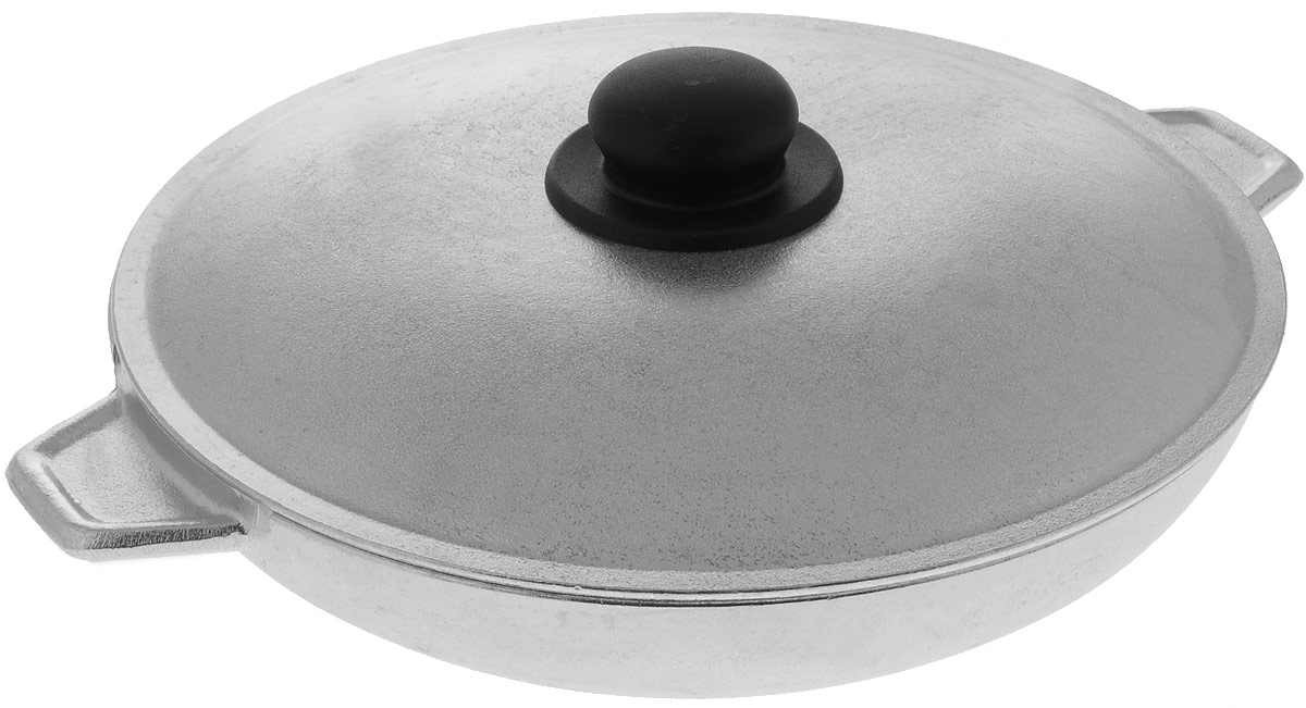 Сковорода Алита Б-08 с крышкой. Диаметр 28 см13600Сковорода с крышкой Алита Б-08 изготовлена из литого алюминиевого сплава. Сковорода прекрасно подходит для приготовления повседневных блюд. Гладкая поверхность обеспечивает легкость ухода за посудой. Изделие оснащено двумя литыми ручками. Крышка дополнена пластиковой ручкой.Не подходит для индукционных плит. Диаметр сковороды: 28 см.Высота стенки: 6 см.Ширина с учетом ручек: 35,5 см.