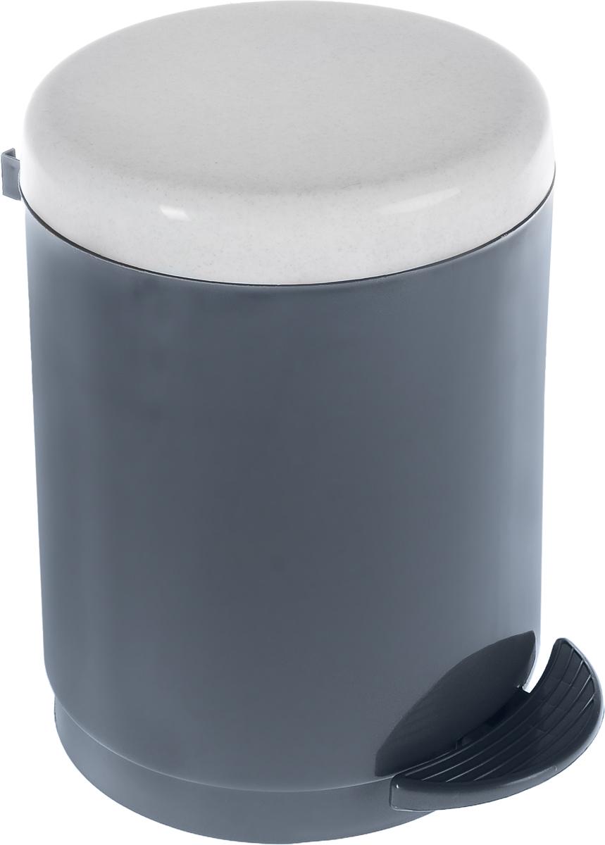 Ведро для мусора Plastic Centre, с педалью, цвет: мраморный, темно-серый, 6 лПЦ1306МРТСР-4РSВедро для мусора Plastic Centre изготовлено из прочного полипропилена. Ведро оснащено закрывающейся крышкой, которая открывается с помощью нижней педали. Надавив на педаль, вы положите мусор, не снимая крышку полностью. Ведро-вкладыш легко достается и моется. Такая модель прекрасно подойдет для различных хозяйственных нужд: для уборки или хранения мусора.Диаметр ведра (по верхнему краю): 20 см. Высота (без учета крышки): 24,5 см.Высота (с учетом крышки): 27,5 см.