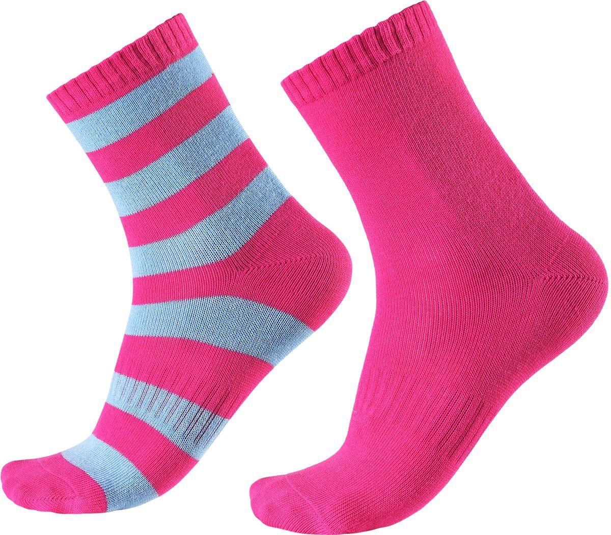 Носки детские Reima Colombo, цвет: розовый, голубой. 527267-4620. Размер 38/41527267-4620В носках из смеси Coolmax детским ножкам будет тепло и уютно. Смесь Coolmax с хлопком превосходно подходит для занятий спортом и подвижных игр на свежем воздухе, поскольку эффективно выводит влагу с кожи и не вызывает потливости. Этот материал дышит и быстро сохнет. Легкая летняя модель без ворсового усиления.