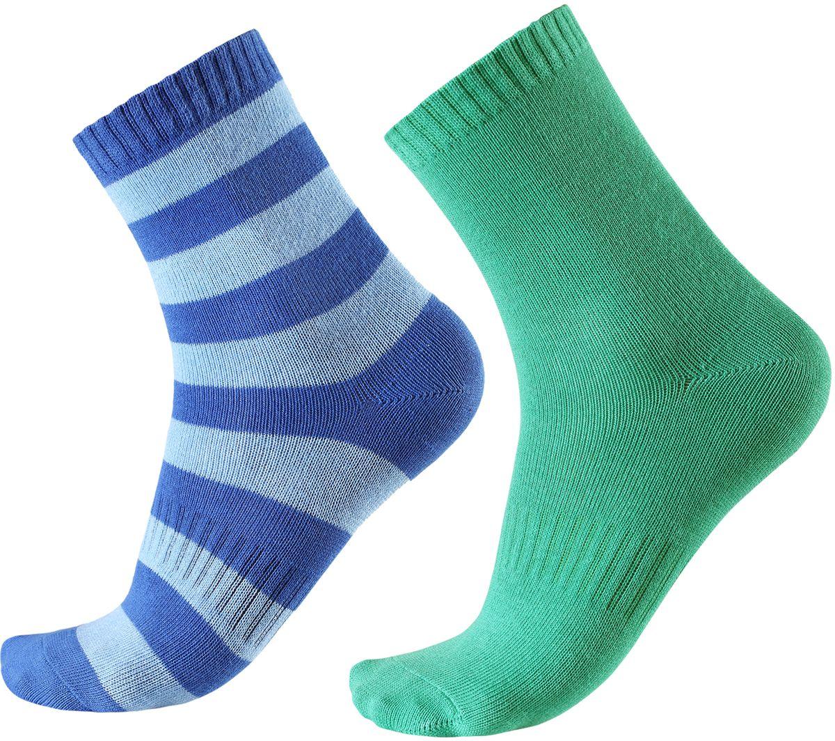 Носки детские Reima Colombo, цвет: зеленый, синий, голубой. 527267-6530. Размер 30/33527267-6530В носках из смеси Coolmax детским ножкам будет тепло и уютно. Смесь Coolmax с хлопком превосходно подходит для занятий спортом и подвижных игр на свежем воздухе, поскольку эффективно выводит влагу с кожи и не вызывает потливости. Этот материал дышит и быстро сохнет. Легкая летняя модель без ворсового усиления.