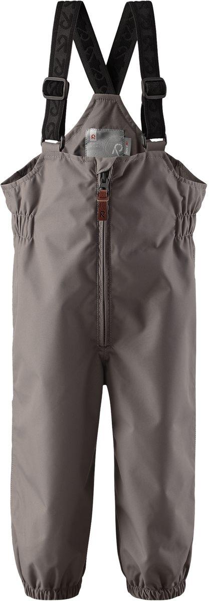 Полукомбинезон детский Reima Erft, цвет: серый. 5120909390. Размер 745120909390Водонепроницаемый полукомбинезон для малышей обеспечивает надежную защиту от дождя и ветра весной и осенью. Он отлично сочетается со всеми моделями демисезонных курток Reima для малышей. Удобные эластичные подтяжки легко отрегулировать в длину, когда ребенок подрастет. Благодаря удобным съемным штрипкам, брючины не задираются во время игры, поэтому ноги будут всегда в тепле.