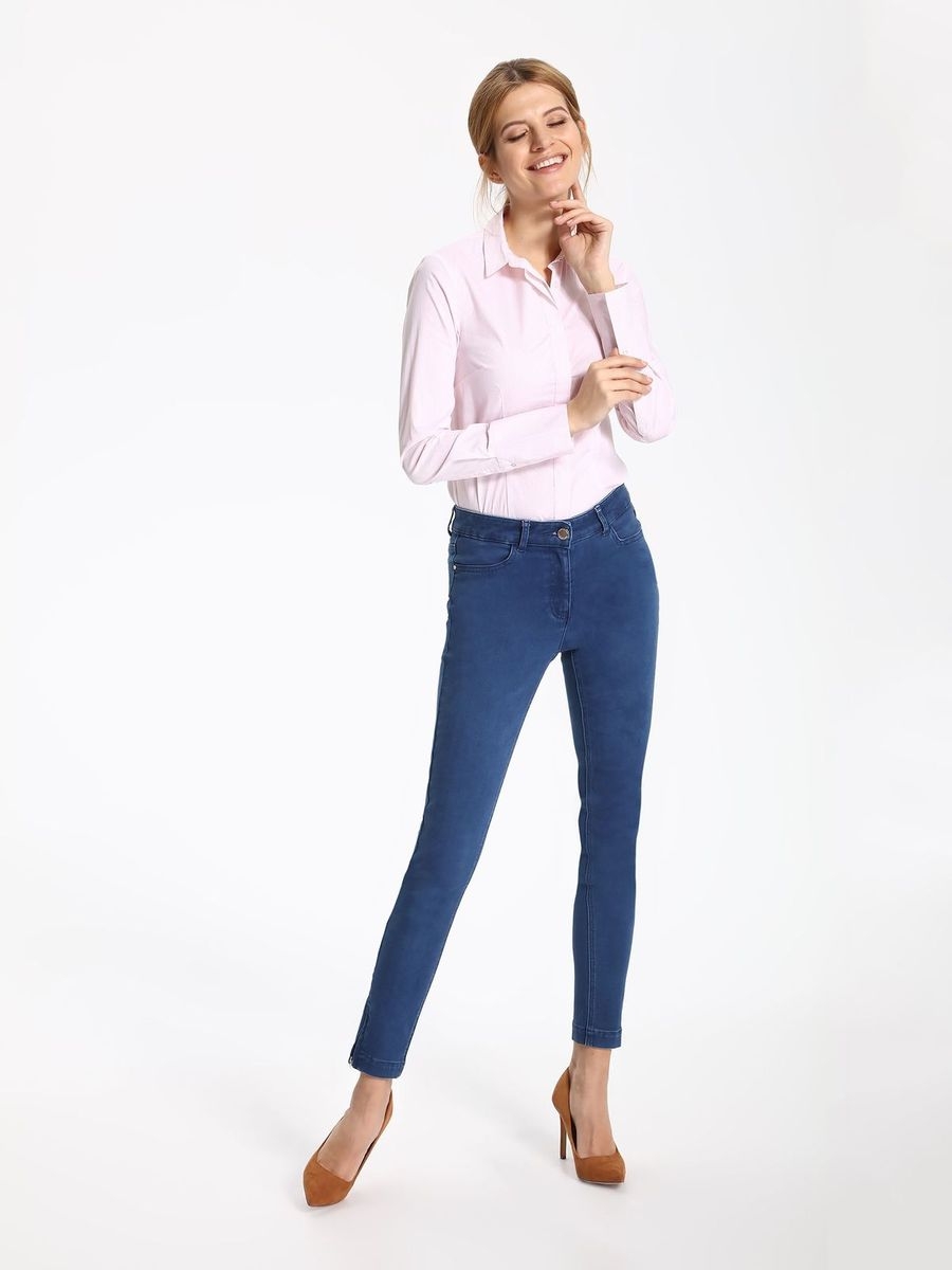 Рубашка женская Top Secret, цвет: нежно-розовый. SKL2262BI. Размер 46 (54)SKL2262BIРубашка женская Top Secret выполнена из хлопка, полиамида и эластана. Модель с отложным воротником застегивается на пуговицы.