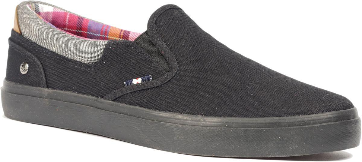 Слипоны Wrangler Icon Line мужские, цвет: черный. WM171014-62. Размер: 41WM171014-62Модные слипоны Wrangler заинтересуют вас своим дизайном с первого взгляда! Модель, изготовленная из плотного текстиля, сбоку оформлена логотипом бренда. Эластичные вставки по бокам обеспечивают идеальную посадку модели на ноге. Стелька из текстиля обеспечивает максимальный комфорт при движении. Внутренняя поверхность из текстиля не натирает. Рифление на подошве гарантирует идеальное сцепление с поверхностью. Стильные слипоны займут достойное место в вашем гардеробе.