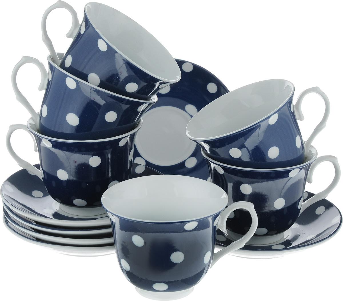 Набор чайный Loraine, цвет: белый, темно-синий, 12 предметов. 2590525905_белый, темно-синийЧайный набор Loraine состоит из шести чашек и шести блюдец. Изделия выполнены из высококачественного фарфора и оформлены красивым принтом в горошек. Такой набор изящно дополнит сервировку стола к чаепитию. Благодаря оригинальному дизайну и качеству исполнения, он станет замечательным подарком для ваших друзей и близких. Объем чашки: 220 мл. Диаметр чашки (по верхнему краю): 9 см. Высота чашки: 7,5 см. Диаметр блюдца: 14 см.Высота блюдца: 2 см.