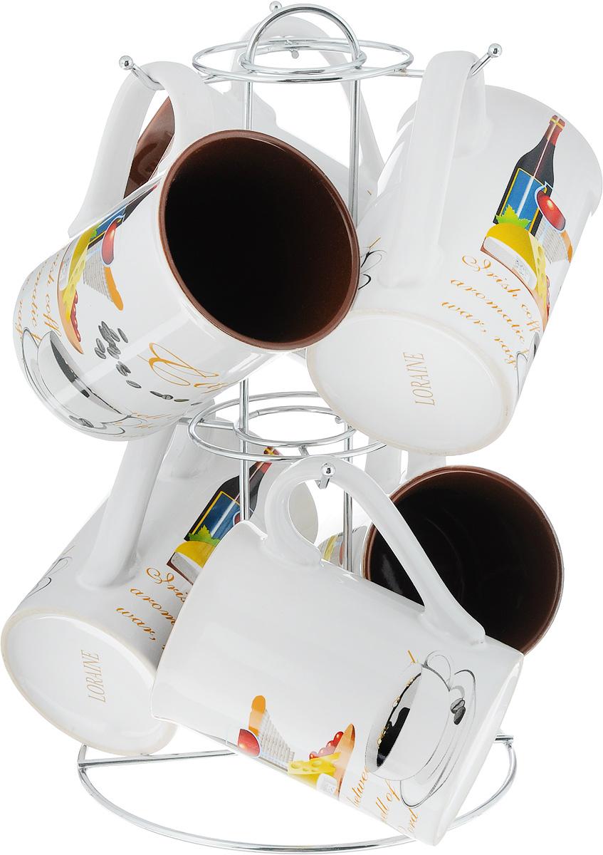 Набор кружек Loraine, на подставке, 7 предметов. 2424024240Набор Loraine состоит из 6 кружек и подставки. Кружки изготовлены из глазурованной керамики и декорированы оригинальными рисунками и надписями. Теплостойкие ручки обеспечивают комфортное использование. Кружки подходят для горячих и холодных напитков. Изящный дизайн придется по вкусу и ценителям классики, и тем, кто предпочитает современный стиль. Он настроит на позитивный лад и подарит хорошее настроение с самого утра. В комплекте - металлическая подставка с крючками для подвешивания кружек. Набор кружек - идеальный и необходимый подарок для вашего дома и для ваших друзей на праздники, юбилеи и торжества. Кружки подходят для мытья в посудомоечной машине, можно использовать в СВЧ и ставить в холодильник. Объем кружек: 300 мл. Диаметр кружки (по верхнему краю): 7,2 см. Высота кружки: 10,2 см. Размер подставки: 15,5 х 15,5 х 26,5 см.