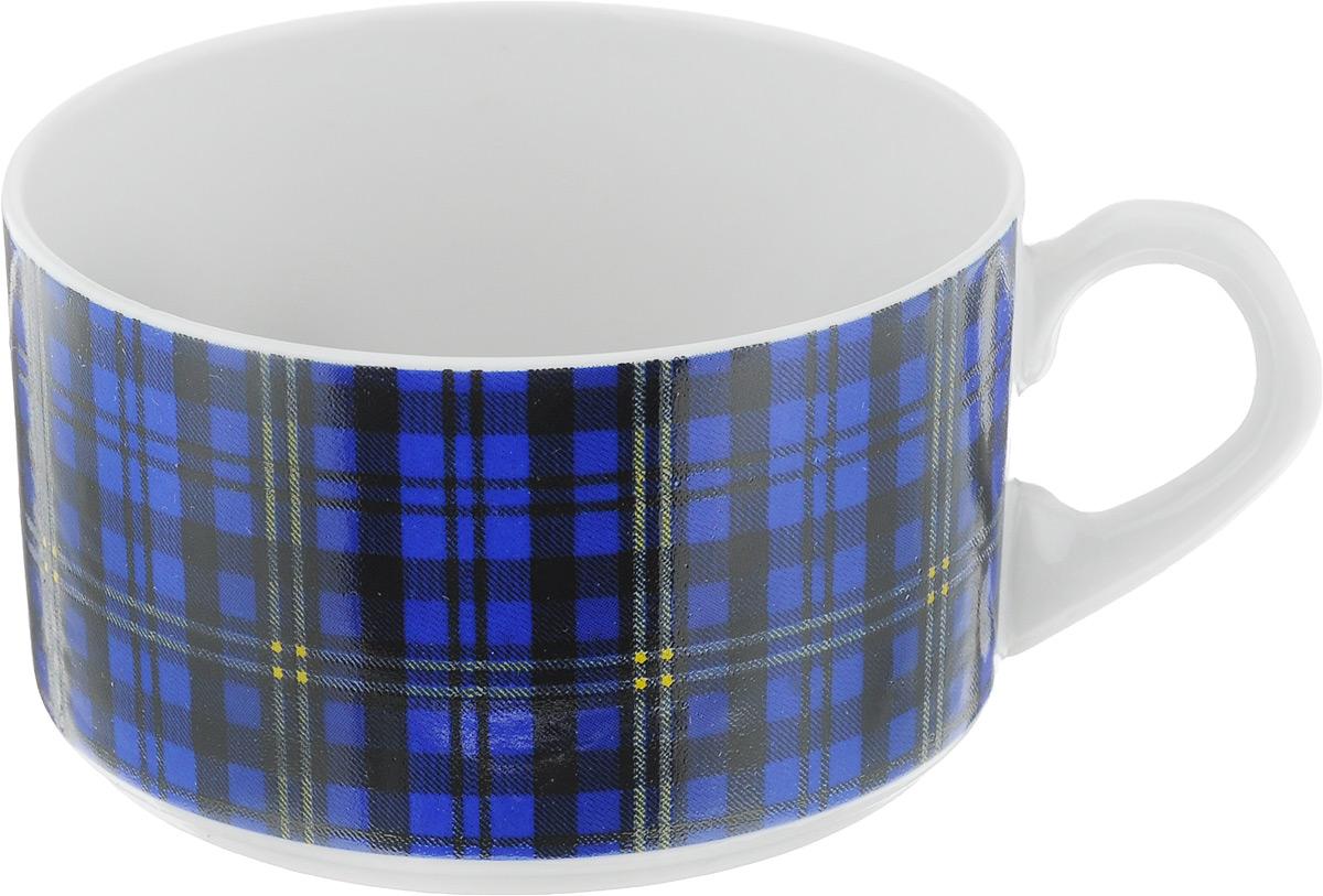 Чашка чайная Фарфор Вербилок Европейка. Шотландка, цвет: синий, черный, белый, 230 мл2074210_синяя клеткаЧашка Фарфор Вербилок Европейка. Шотландка способна украсить любое чаепитие. Изделие выполнено из высококачественного фарфора. Посуда из такого материала позволяет сохранить истинный вкус напитка, а также помогает ему дольше оставаться теплым. Внешние стенки дополнены принтом в клетку.Диаметр по верхнему краю: 8,5 см. Высота чашки: 5,5 см.