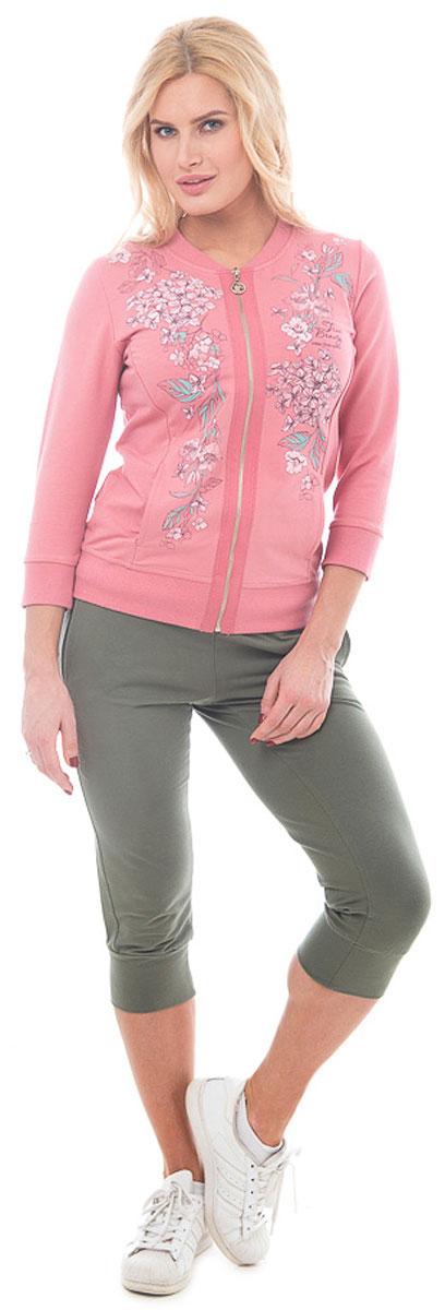 Жакет женский BeGood, цвет: розовый. BGUZ-969. Размер 56BGUZ-969Стильный женский жакет BeGood изготовлен из высококачественного эластичного хлопка приятного на ощупь. Модель прямого кроя с округлым вырезом горловины и рукавами длиной 3/4 по бокам дополнена карманами. Спереди изделие застегивается на металлическую застежку-молнию. Жакет оформлен нежным цветочным принтом. Горловина, рукава и низ изделия отделаны широкой трикотажной резинкой.Лаконичный дизайн изделия придется по вкусу и ценительницам спортивного стиля, и тем, кто стремится сделать свой образ элегантным. Такой жакет великолепно дополнит гардероб современной и уверенной в себе девушки.