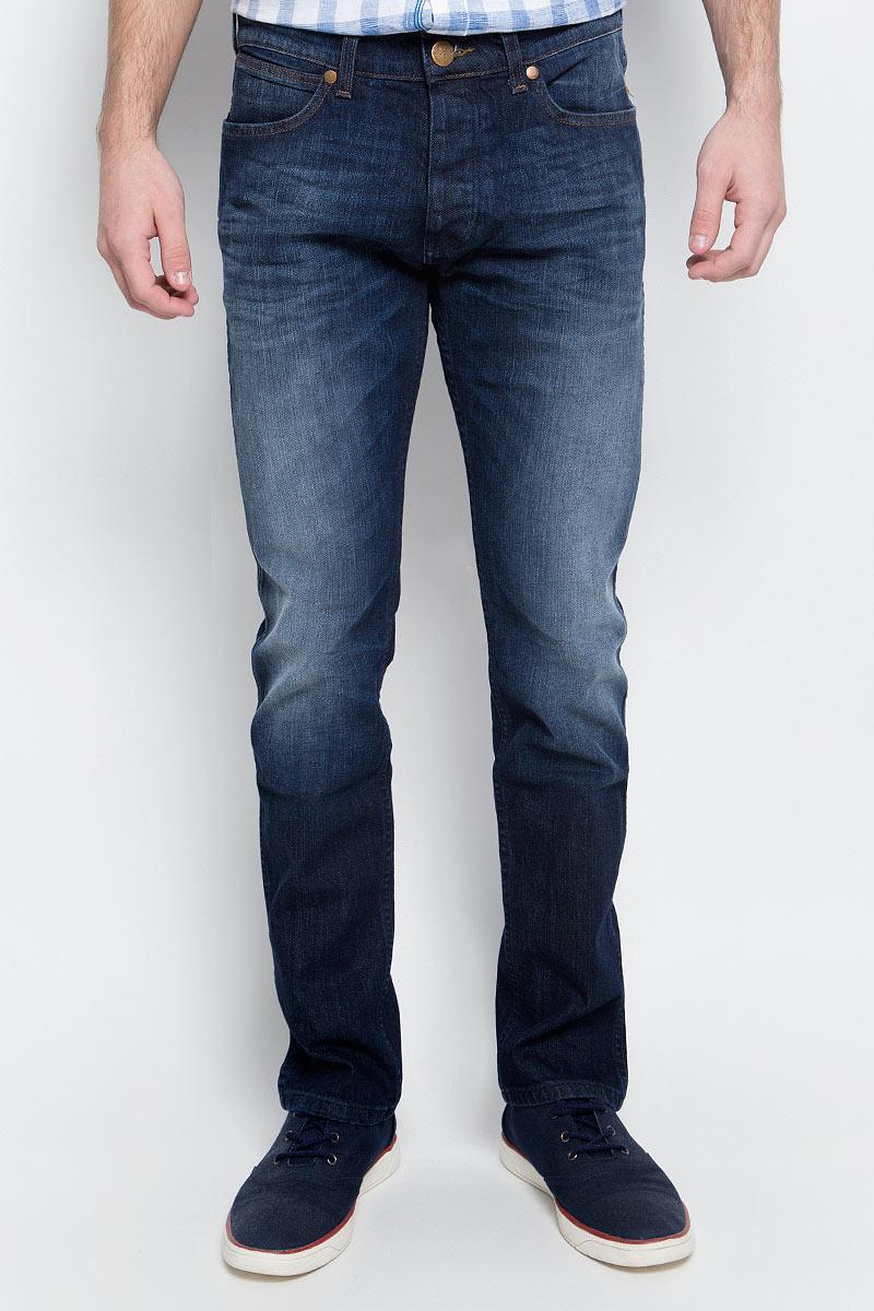 Купить Джинсы мужские Wrangler, цвет: синий. W16A0885D. Размер 29-32 (44/46-32)