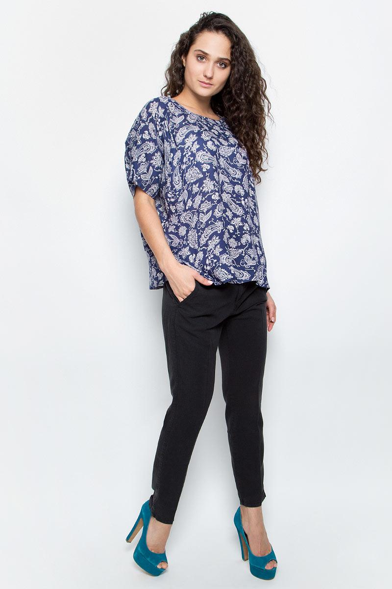 Джинсы женские Wrangler Chino, цвет: черный. W27LPG100. Размер 27-32 (42/44-32) шорты chino wrangler р 32 цв черный 48 ru