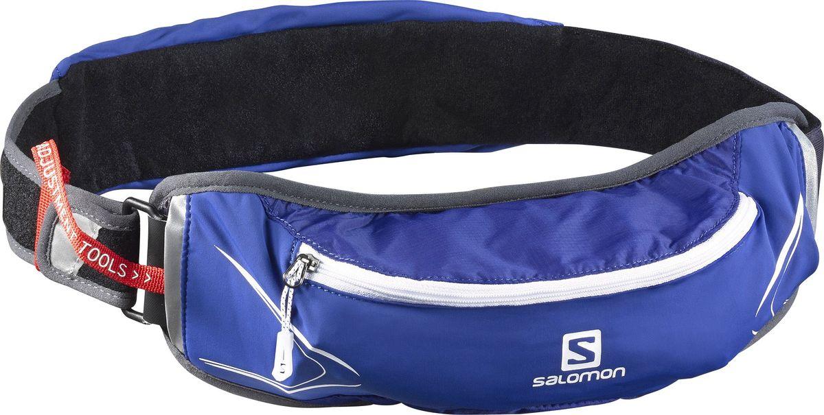 Сумка на пояс Salomon Agile 500 Belt Set, с бутылкой, цвет: синий, белый, серыйL39406500Сумка на пояс Salomon Agile 500 Belt Set повышает мобильность и функциональность в любом забеге. Благодаря универсальному размеру и возможности подгонки облегчает выбор и подойдет бегунам с тонкой талией. Суперэластичный пояс не смещается даже при прыжках и обеспечивает быстрый доступ к мягкой фляге и другим нужным вещам. Отлично подходит для тренировок в городе или в горах.Объем бутылки: 500 мл.