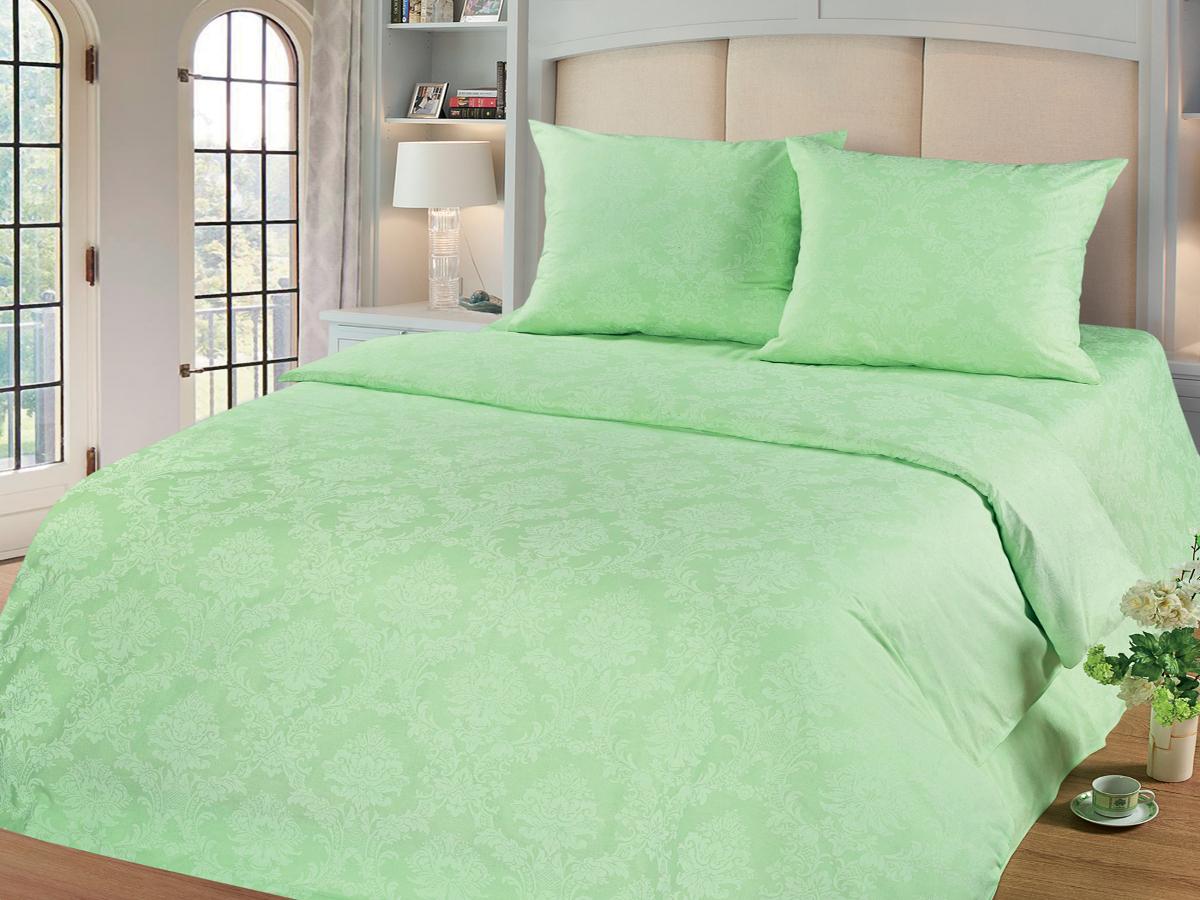 Комплект белья Cleo Изумруд, 1,5-спальный, наволочки 70х70, цвет: зеленый15/005-PGКомплект постельного белья Cleo выполнен из поплина в романтическом стиле, визуально текстура нанесения рисунка напоминает жаккард. Поплин - 100% хлопок, ему характерен репсовый эффект, который образуется методом чередования толстых и тонких нитей, в результате на поверхности появляются рубчики, создавая неравномерность полотна. Постельное белье из поплина обладает рядом преимуществ: мягкое и шелковистое, натуральное, экологически чистое, гипоаллергенное, прочное, не деформируется, не растягивается и держит форму, пропускает воду и воздух, прекрасно стирается в прохладной воде. Комплект состоит из пододеяльника, простыни и двух наволочек.