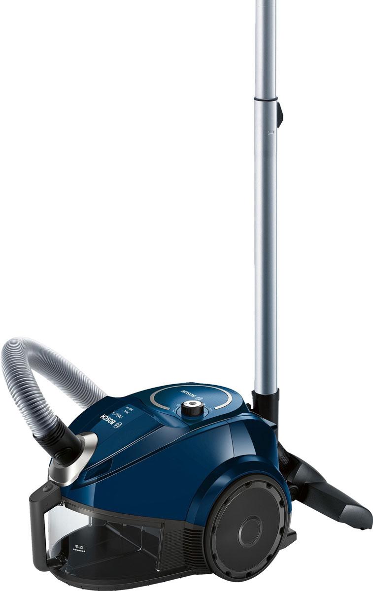 Bosch BGS3U1800, Blue пылесосBGS3U1800Пылесос Bosch BGS3U1800 - практичное решение для ежедневной сухой уборки квартиры. Этот современный и удобный пылесос от Bosch не требует расходных материалов благодаря отсутствию мешка для сбора пыли и наличию циклонного фильтра. Электронная регулировка мощности позволяет контролировать уровень шума. Прибор лёгкий и маневренный - он весит всего 5,8 кг. Ультракомпактный с вертикальной парковкой: удобно хранить, легко достать. С системой EasyClean чистить контейнер легко и просто, достаточно сполоснуть его под струей воды. Пылесос разработан специально, чтобы минимизировать обслуживание.Как выбрать пылесос. Статья OZON Гид