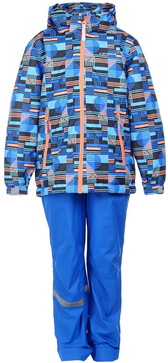 Комплект для мальчика Icepeak: куртка, полукомбинезон, цвет: синий, оранжевый. 752001642IV_390. Размер 122752001642IV_390Комплект верхней детской одежды Icepeak состоит из куртки и полукомбинезона. Куртка с капюшоном застегивается на пластиковую молнию. На рукавах предусмотрены манжеты. Спереди расположены два врезных кармана на молниях. Оформлено изделие оригинальным принтом. Брюки спереди застегиваются на пластиковую молнию и кнопку. Модель дополнена эластичными наплечными лямками, регулируемыми по длине. На талии предусмотрена широкая резинка. На комплекте предусмотрены светоотражающие элементы.