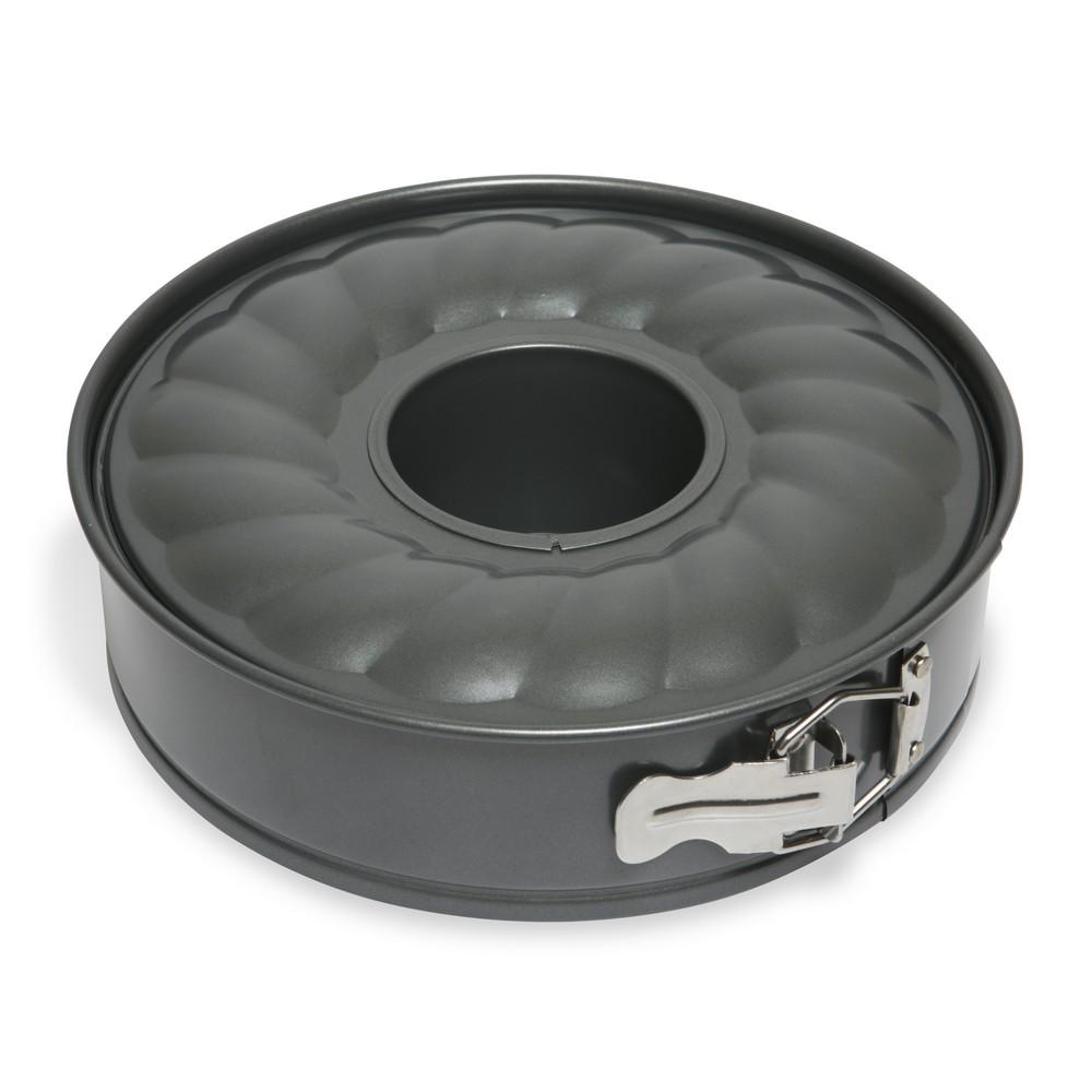 Форма для торта и кекса Dosh Home Fornax, раскладная, с антипригарным покрытием, диаметр 24 см300117Раскладная форма Dosh Home Fornax идеально подходит для приготовления круглых тортов и кексов, имеет очень прочное антипригарное покрытие, которое препятствует пригоранию. Раскладная форма позволяет легко вынуть испеченный корпус для торта и кекса из формы. Раскладывание на съемную боковую стенку и дно позволяет легко чистить форму. Раскладная форма подходит для электрических, газовых и конвекционных духовок, можно мыть в посудомоечной машине.Диаметр: 24 см.