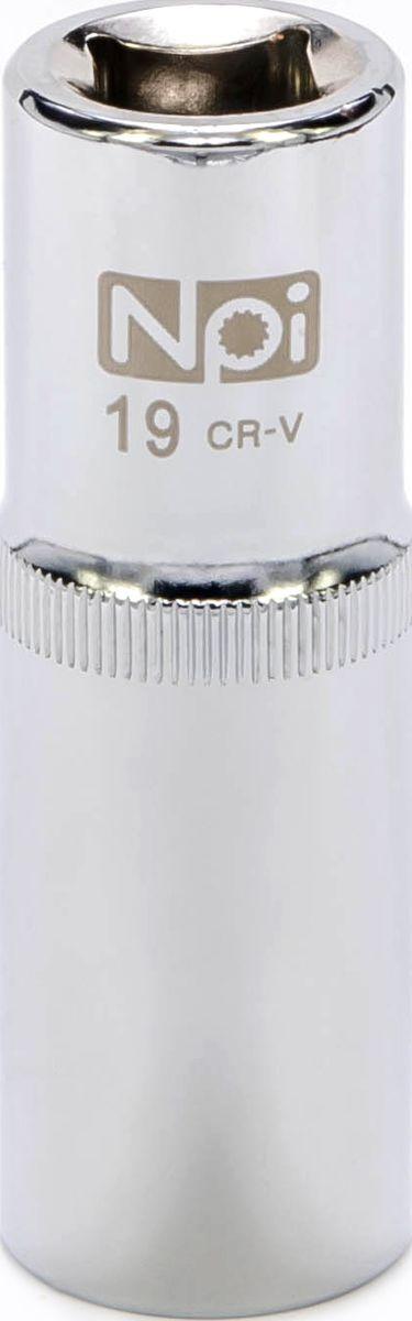 Головка торцевая NPI, удлиненная, 1/2, 19 мм20046Торцевая головка NPI выполнена из высокопрочной хром-ванадиевой стали и применяется с гайковертами, трещетками, воротками. Торцевая головка выполнена по технологии Суперлок. Торцевая головка обеспечивает максимальный крутящий момент по отношению к резьбе и выдерживает ударные нагрузки. Размер шестигранника: 19 мм.Высота головки: 77 мм.Размер ключа (дюймы): 1/2 . Посадочный размер: 1/2. Диаметр узкой части: 24 мм.Диаметр широкой части: 26 мм.
