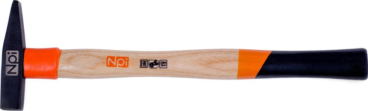 Молоток слесарный NPI, 100 г35010Слесарный молоток NPI предназначен для мелких монтажных и строительных работ. Головка инструмента (боек), кованная, закаленная индукционным методом, крепится с помощью расклинивания. Молоток имеет герметизацию верхней части соединения бойка для защиты от рассыхания. Рукоятка эргономической формы выполнена из ясеневой древесины и имеет защитное кольцо.