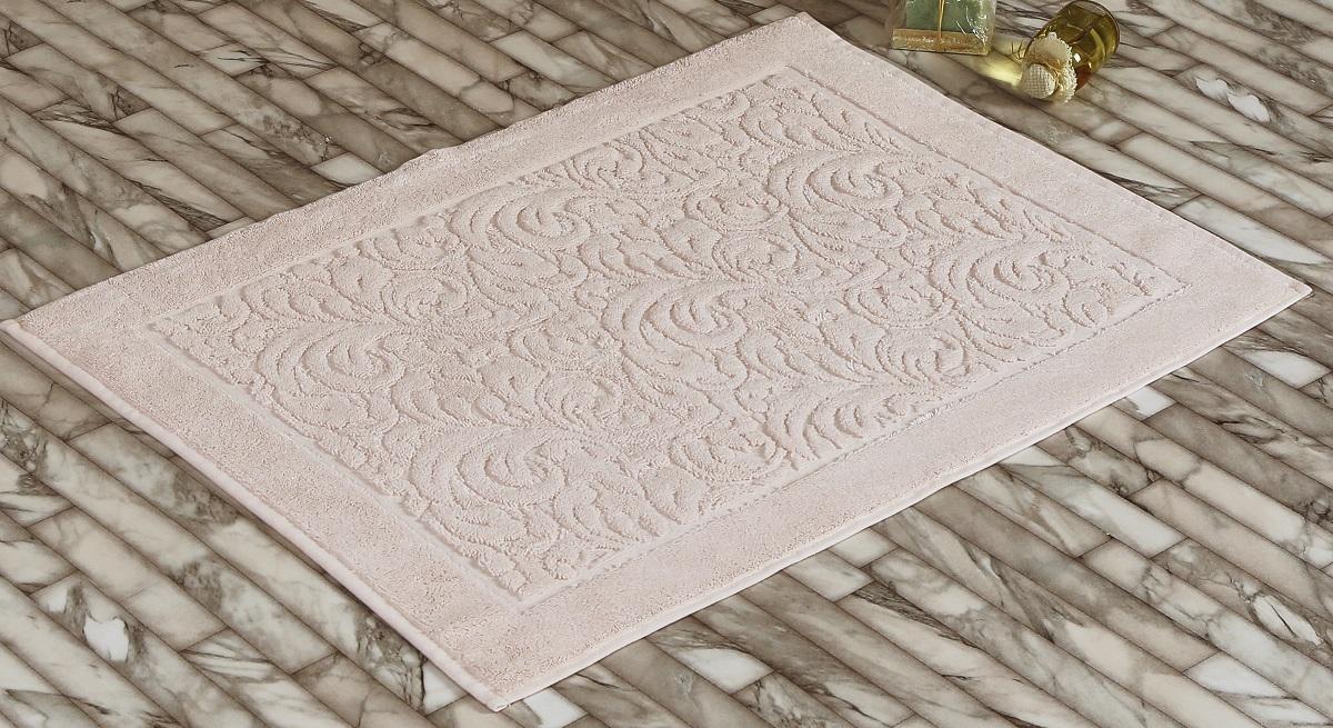 """Коврик-полотенце для ванной """"Karna"""" выполнен из высококачественного хлопкового волокна. Имеет рельефный рисунок. Высочайшее качество материала гарантирует безопасность для всех членов семьи. Коврик не аллергенен, имеет высокую воздухопроницаемость и долгий срок использования ткани.Размер: 50 х 70 см."""