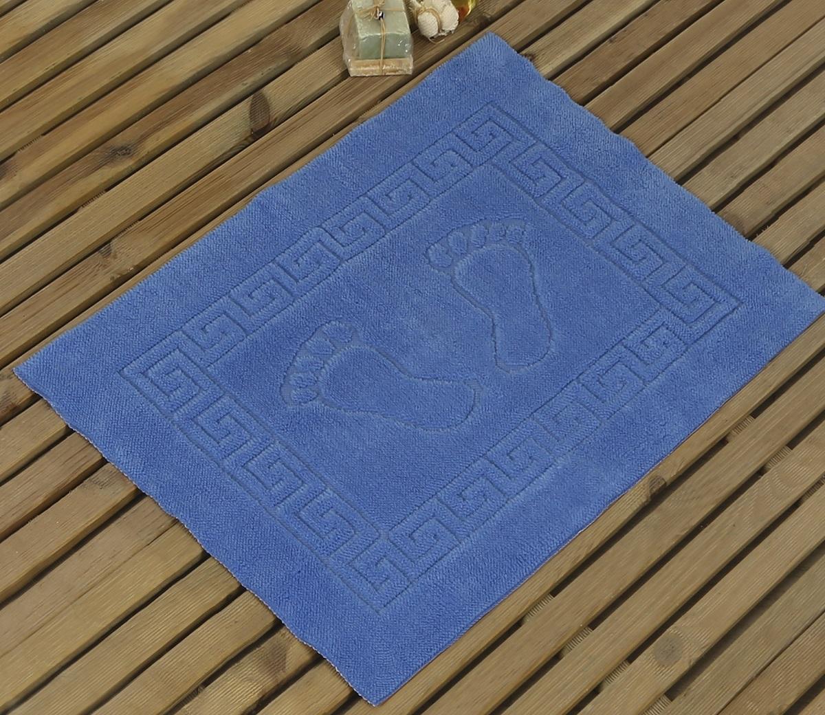 Коврик для ванной Karna Likya, цвет: голубой, 50 х 70 см631/CHAR005Коврик печатный Karna сделан из 100% полиэстера. Полиэстер является синтетическим волокном. Ткань, полностью изготовленная из полиэстера, даже после увлажнения, очень быстро сохнет. Коврик из полиэстера практически не требователен к уходу и обладает высокой устойчивостью к износу.Коврик из полиэстера не мнётся и легко стирается, после стирки очень быстро высыхает. Материал очень прочный, за время использования не растягивается и не садится. А так же обладает высокой влагонепроницаемостью.Размер: 50 х 70 см.