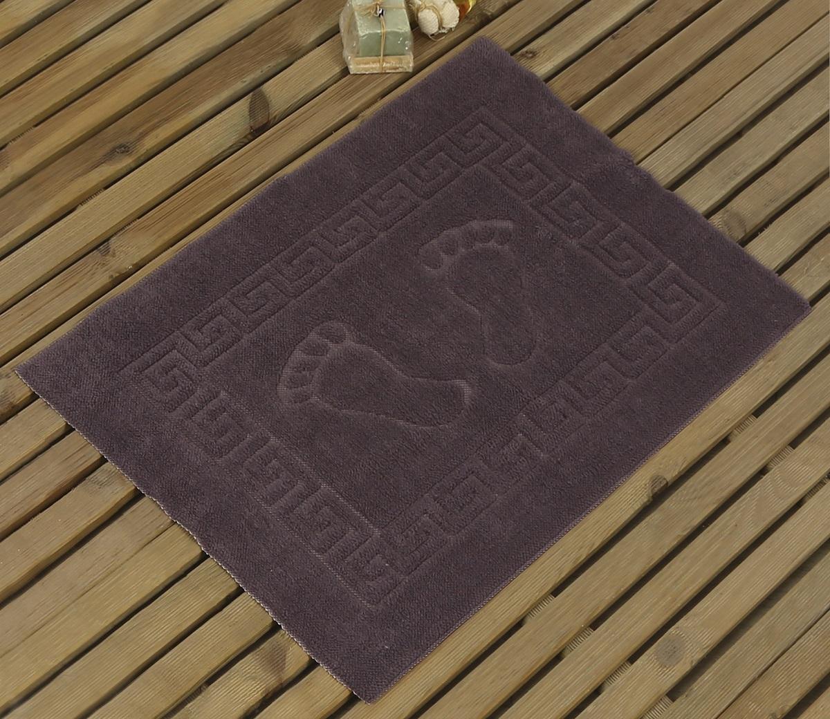 Коврик для ванной Karna Likya, цвет: светло-лаванда, 50 х 70 см631/CHAR021Коврик Karna сделан из 100% полиэстера. Полиэстер является синтетическим волокном. Ткань, полностью изготовленная из полиэстера, даже после увлажнения, очень быстро сохнет. Изделия из полиэстера практически не требовательны к уходу и обладают высокой устойчивостью к износу. Изделия из полиэстера не мнутся и легко стираются, после стирки очень быстро высыхают. Материал очень прочный, за время использования не растягивается и не садится. А также обладает высокой влагонепроницаемостью.