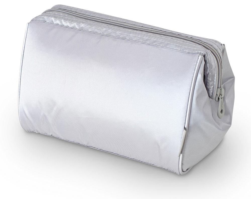 Термосумка Thermos Storage Kit, цвет: серебряный, 4,5 л468499Изотермическую сумка Storage Kit, с застежкой -молнией предназначена для длительных поездок. Способна вместить довольно большой объем кремов, мазей, медикаментов и других препаратов не предназначенных для хранения в тепле. Способна вместить довольно большой объем кремов , мазей, медикаментов и других препаратов не предназначенных для хранения в тепле. По желанию, для усиления охлаждающего эффекта возможно применение замороженных аккумуляторов температуры THERMOS Gel Pack.Объем: 4,5 л.