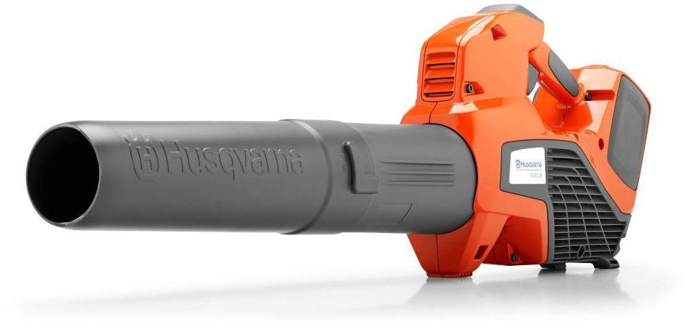 """Аккумуляторный воздуходув Husqvarna """"436LiB"""" - инструмент для уборки территории от листьев, песка и бытового мусора. В комплекте нет аккумулятора и зарядного устройства. Бесщёточный двигатель обеспечивает производительную и эффективную работу. Функция """"Круиз-контроль"""" позволяет контролировать скорость вентилятора. Съемная  труба экономит место при хранении и перевозке воздуходувки. Легкий, простой в использовании и тихий аккумуляторный воздуходув. Мгновенный запуск, круиз-контроль и режим повышенной мощности. Особенности: Бесщёточный двигатель BLDC - эффективностьЭргономичная ручка - комфорт при работеЛитий-ионный аккумулятор  36В подходит ко всем портативным аккумуляторным инструментам HusqvarnaВремя работы в режиме savЕ до 26 минутЭкологичность"""