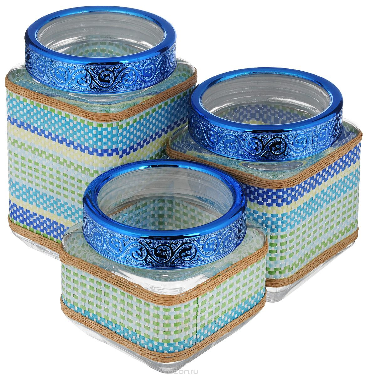 Набор банок для сыпучих продуктов Mayer & Boch, 3 шт25513Набор Mayer & Boch состоит из трех банок разного объема, предназначенных для хранения сыпучих продуктов. Банки выполнены из высококачественного стекла и декорированы оригинальными вставками из соломы и полиуретана. Крышки из АБС пластика декорированы изысканным рельефом. Банки прекрасно подходят для круп, орехов, сухофруктов, чая, кофе, сахара и других сыпучих продуктов. Герметичное закрытие позволяет сохранить продукты свежими. Оригинальный необычный дизайн стильно дополнит интерьер кухни. Такой набор станет желанным подарком для любой хозяйки. Объем банок: 770 мл, 1,15 л, 1,6 л. Размер банок: 11 х 11 х 11 см; 11 х 11 х 15 см; 11 х 11 х 19 см.