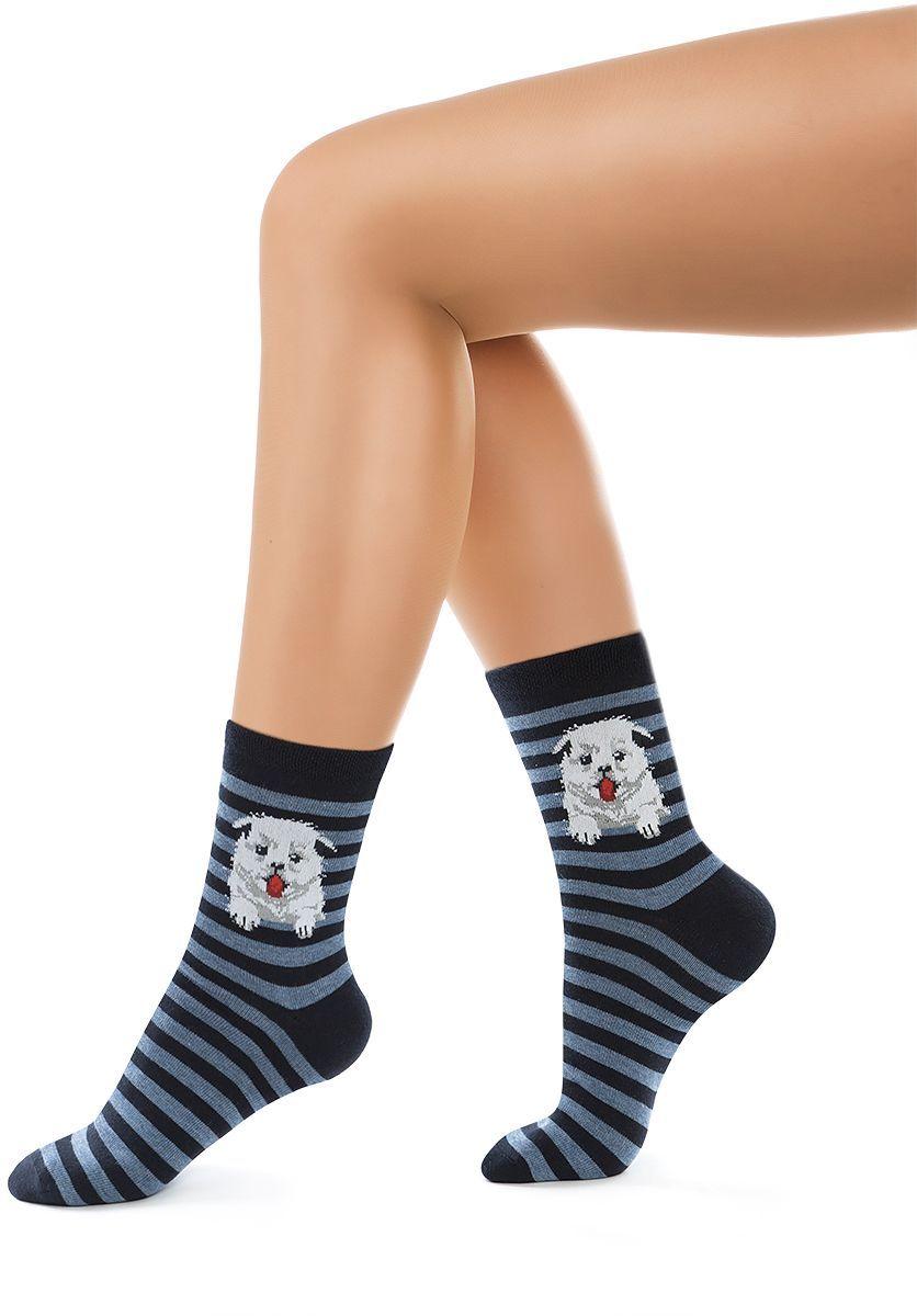Носки женские Charmante, цвет: синий. SCHK-1612. Размер 25 (38/40)SCHK-1612Женские носки Charmante с удлиненным паголенком изготовлены из высококачественного материалаобеспечивающего великолепную посадку. Удобная широкая резинка идеально облегает ногу и не пережимает сосуды, усиленные пятка и мысок повышают износоустойчивость носка.