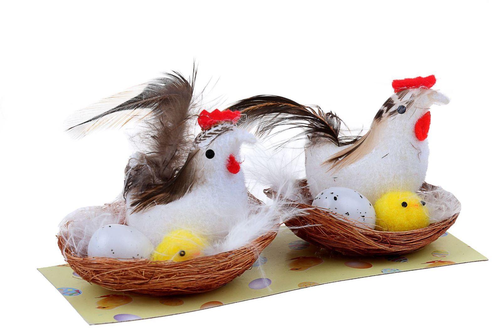 Сувенир пасхальный Sima-land Утреннее пение с цыпой и яйцом, 2 шт1152511Сувенир (набор 2 шт) Утреннее пение с цыпой и яйцом — самый популярный пасхальный декор. Фигурками цып принято декорировать праздничный пасхальный стол во многих странах мира. Россия не исключение.Вы можете украсить таким замечательным сувениром тарелку гостей, превратив её в гнездо. Или преподнести его в качестве подарка близкому человеку. Удивите себя и родных!